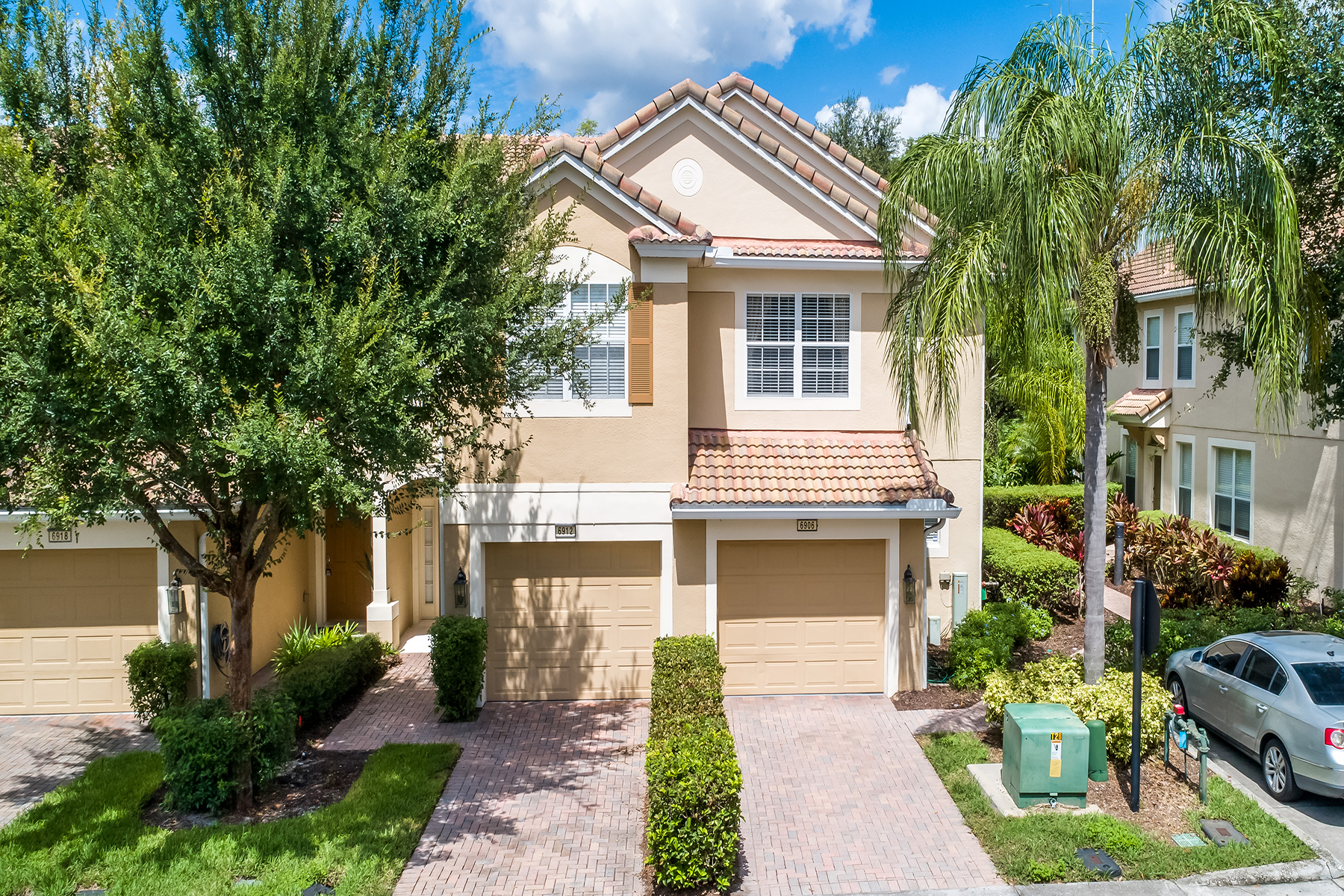 townhouses for Sale at Orlando 6906 Hochad Dr Orlando, Florida 32819 United States