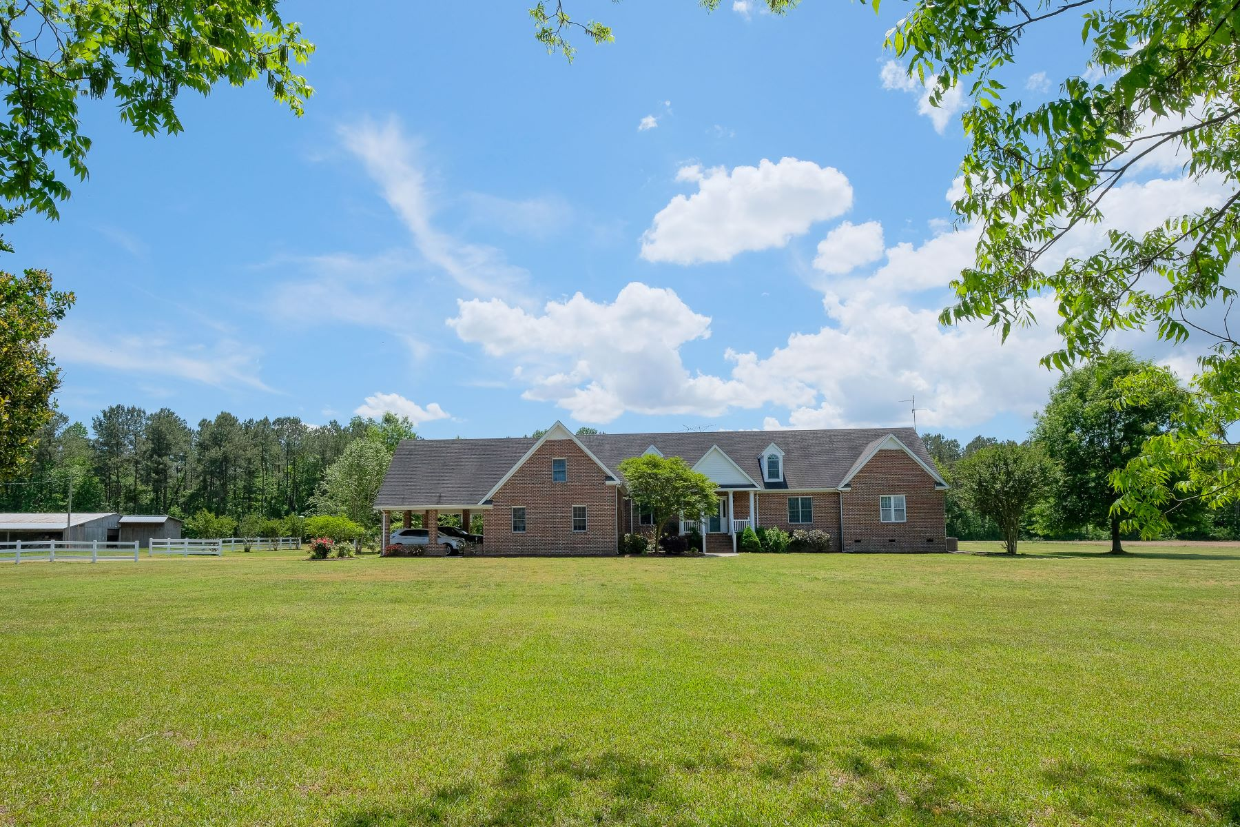 Single Family Homes for Sale at THE HUSH OF COUNTRY LIVING 432 Icaria Rd Tyner, North Carolina 27980 United States
