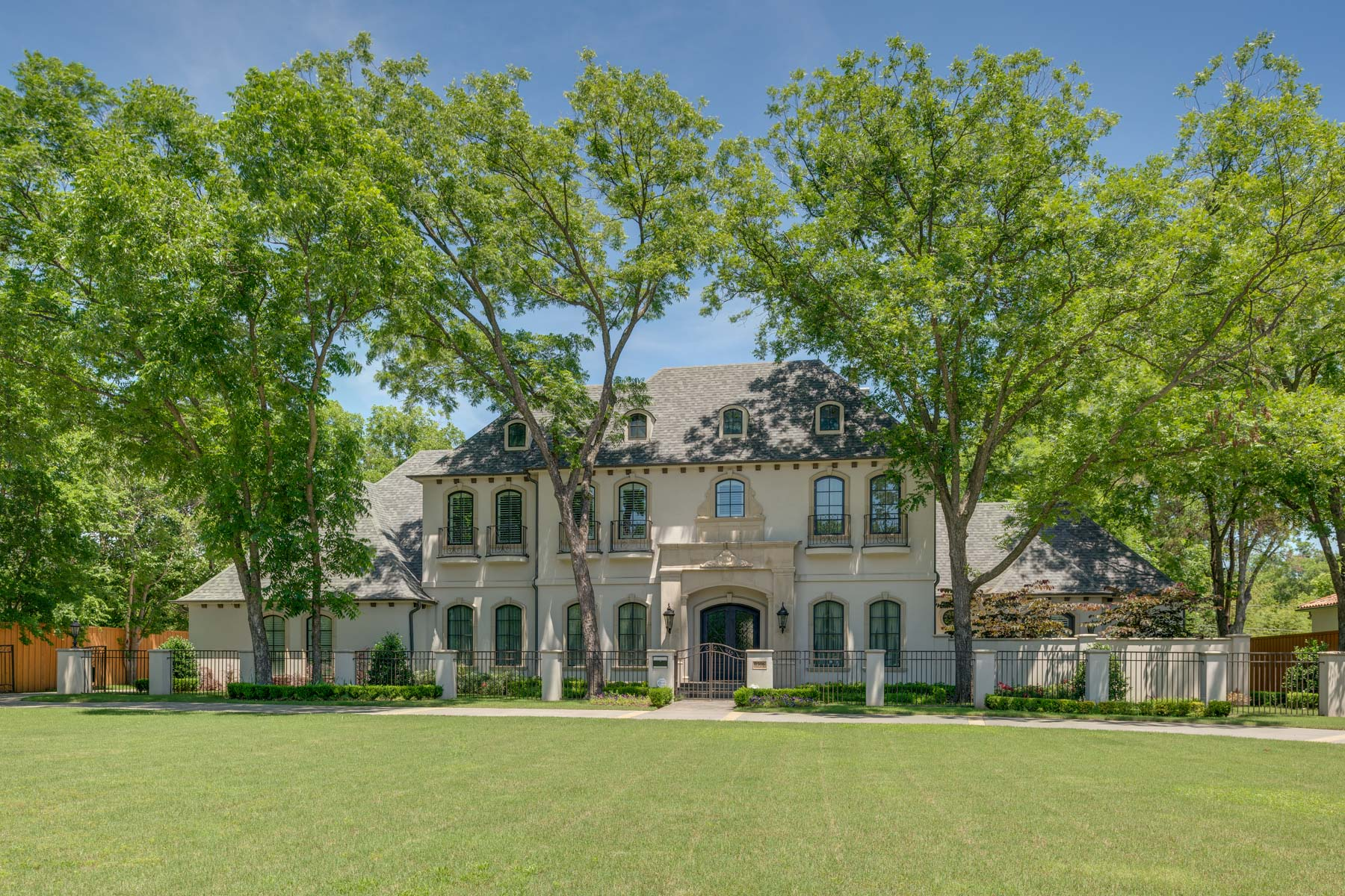 Single Family Home for Sale at French Inspired Inwood Road Estate 8306 Inwood Road, Dallas, Texas, 75209 United States
