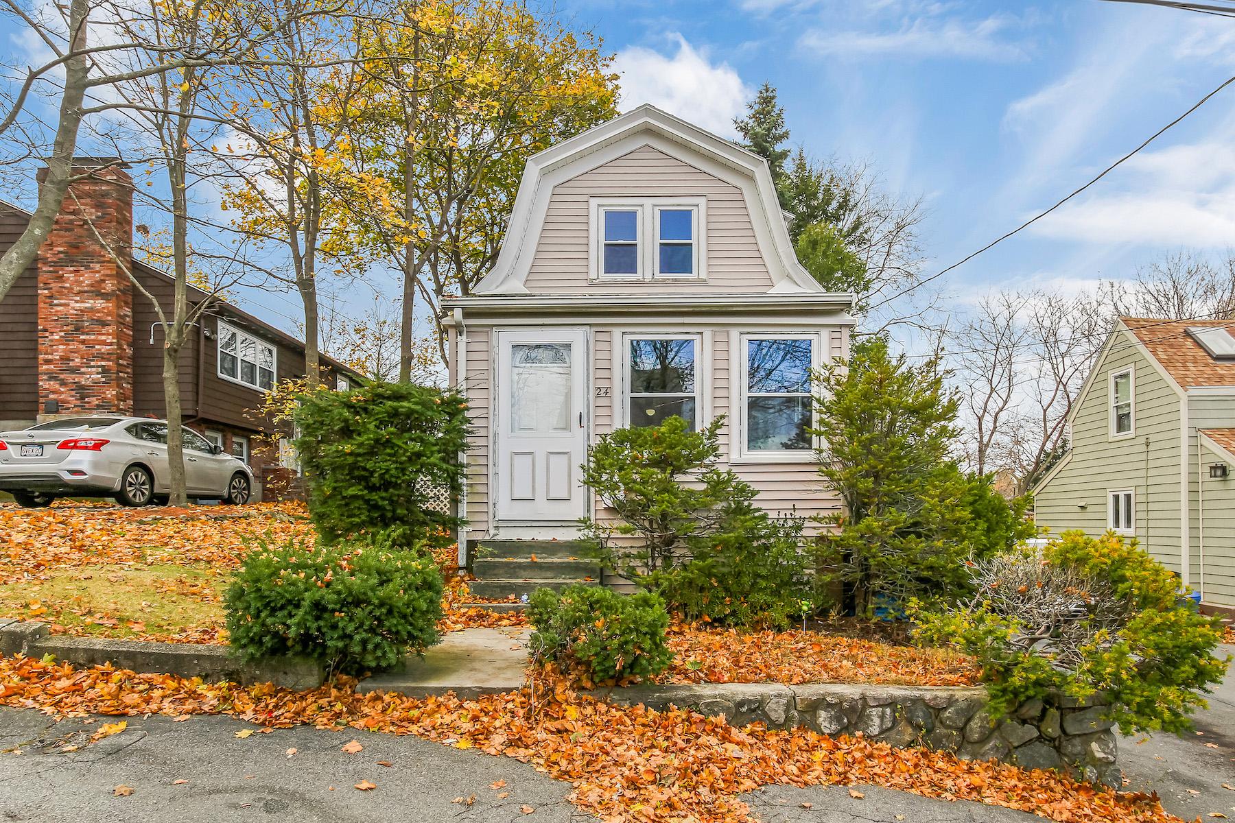 Single Family Homes por un Venta en Melrose, Massachusetts 02176 Estados Unidos