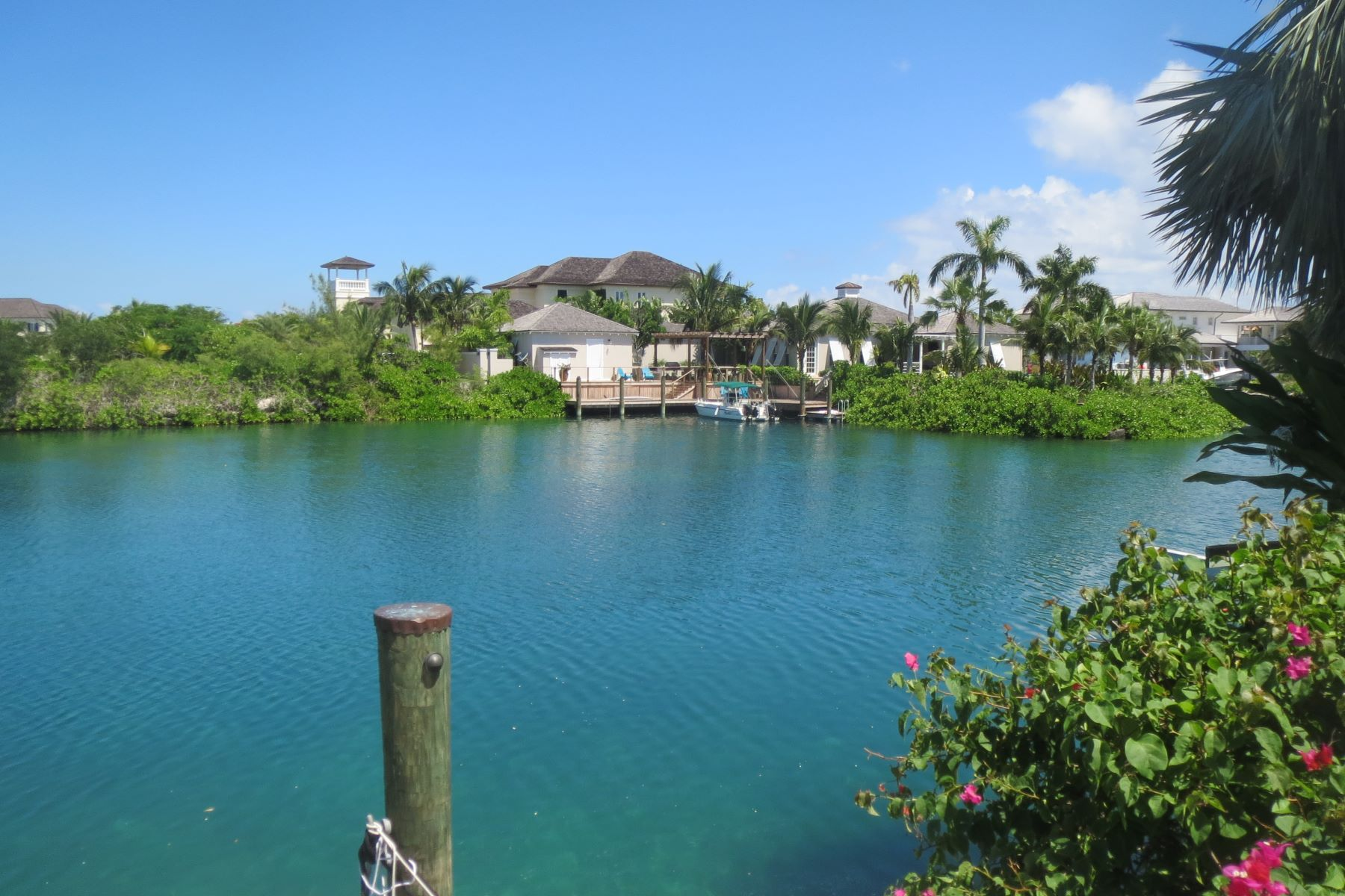 Additional photo for property listing at Charleston #2, Old Fort Bay 旧福特湾, 新普罗维登斯/拿骚 巴哈马