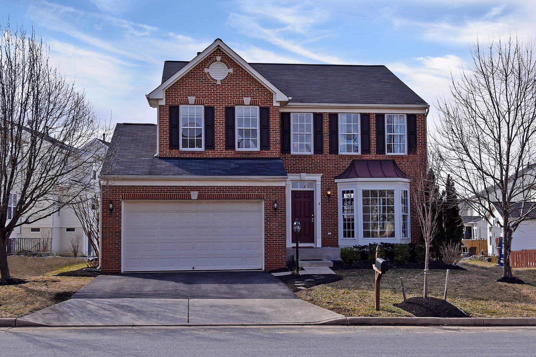 Single Family Home for Sale at Ravenwood in New Town Meadows 3 Tritapoe Place Lovettsville, Virginia 20180 United States
