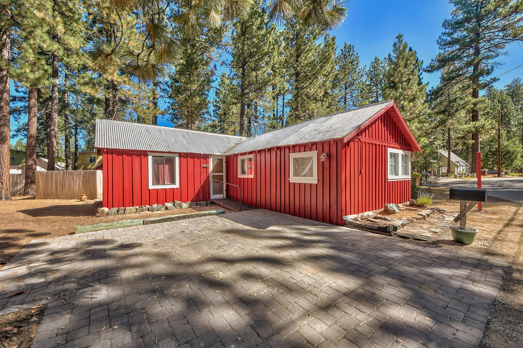 Single Family Home for Active at 3319 Deer Park Ave, South Lake Tahoe, Ca, 96150 3319 Deer Park Avenue South Lake Tahoe, California 96150 United States