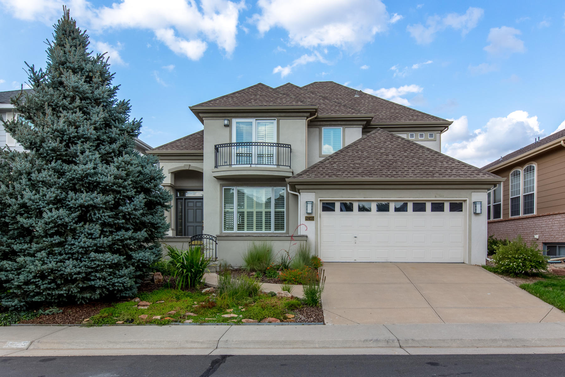 Single Family Home for Active at The Fairways 8240 S Albion St Centennial, Colorado 80122 United States