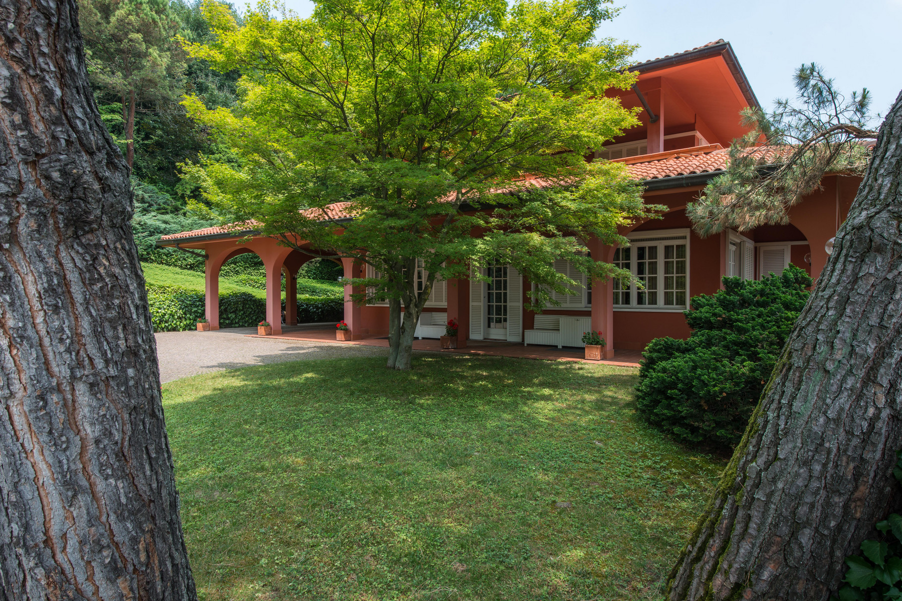 Single Family Home for Sale at Incomparable villa with swimming pool on Turin hills Via Barbara Allason Pecetto Torinese, Turin 10020 Italy