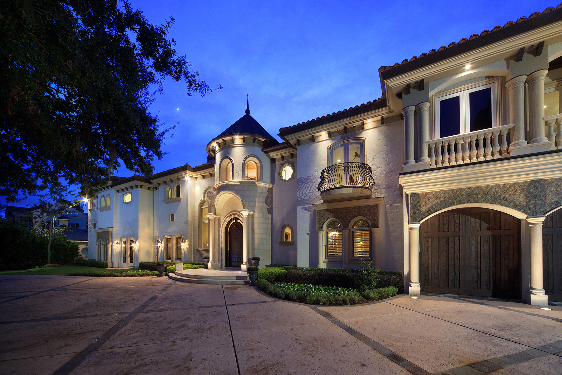 Single Family Homes for Sale at WINTER PARK 1511 Via Tuscany Winter Park, Florida 32789 United States