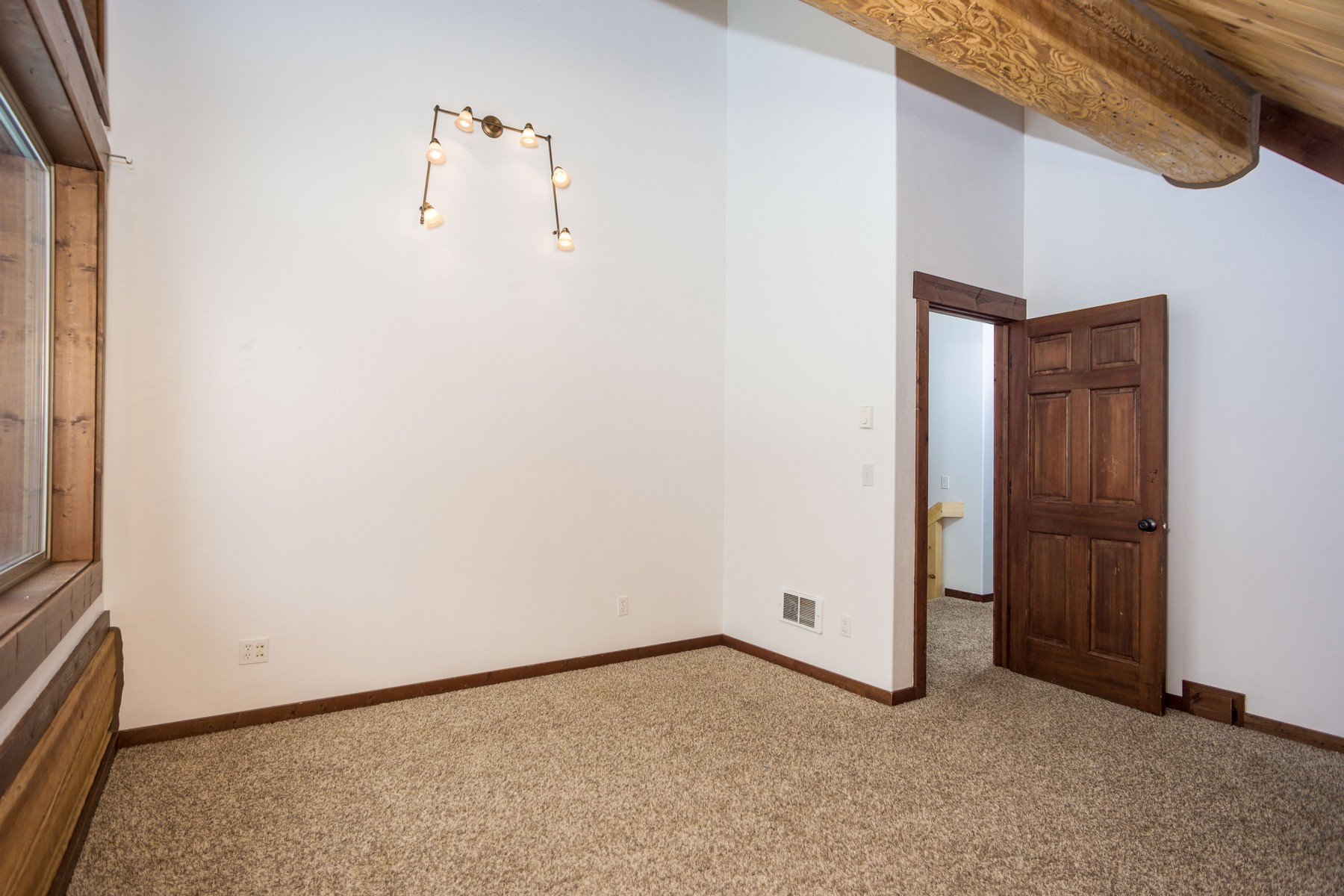 Additional photo for property listing at 3977 Star Meadow Rd , Whitefish, MT 59937 3977  Star Meadows Rd Whitefish, Montana 59937 United States