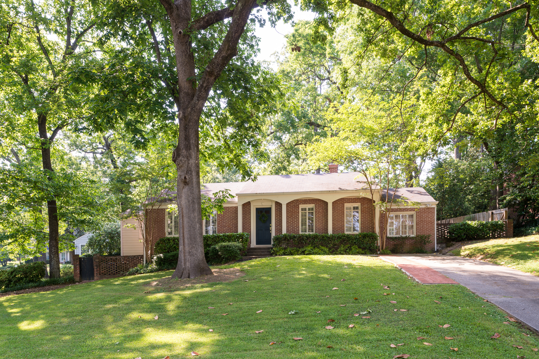 Single Family Home for Sale at Charming Cottage In Coveted Collier Hills 1794 Walthall Drive NW Atlanta, Georgia 30318 United States