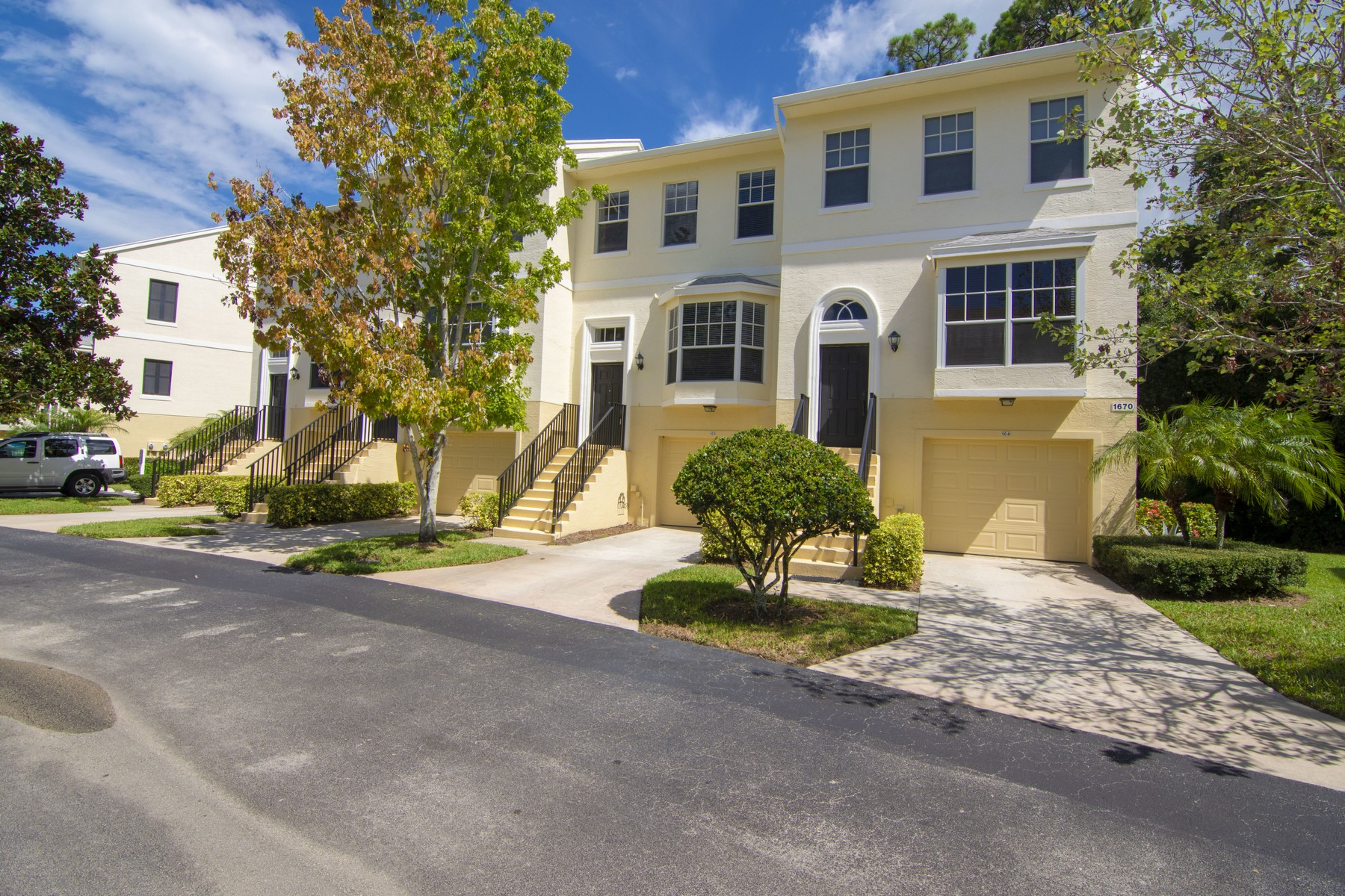 townhouses for Sale at Like New, Like Nothing Else 1670 42nd Square Unit 103 Vero Beach, Florida 32960 United States