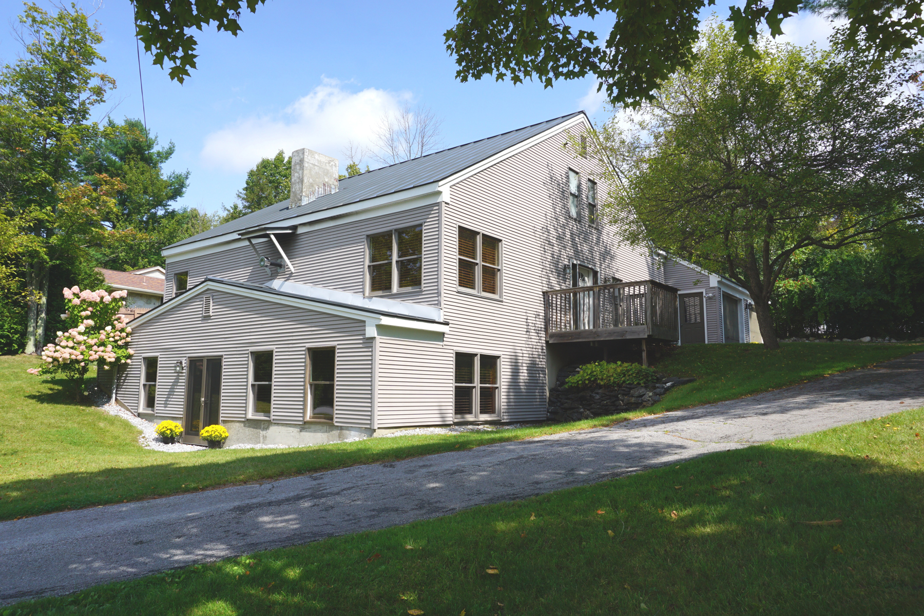 Single Family Homes for Sale at BEAUTIFUL CONTEMPORARY HOME 14 Hilltop Terr Rutland, Vermont 05701 United States