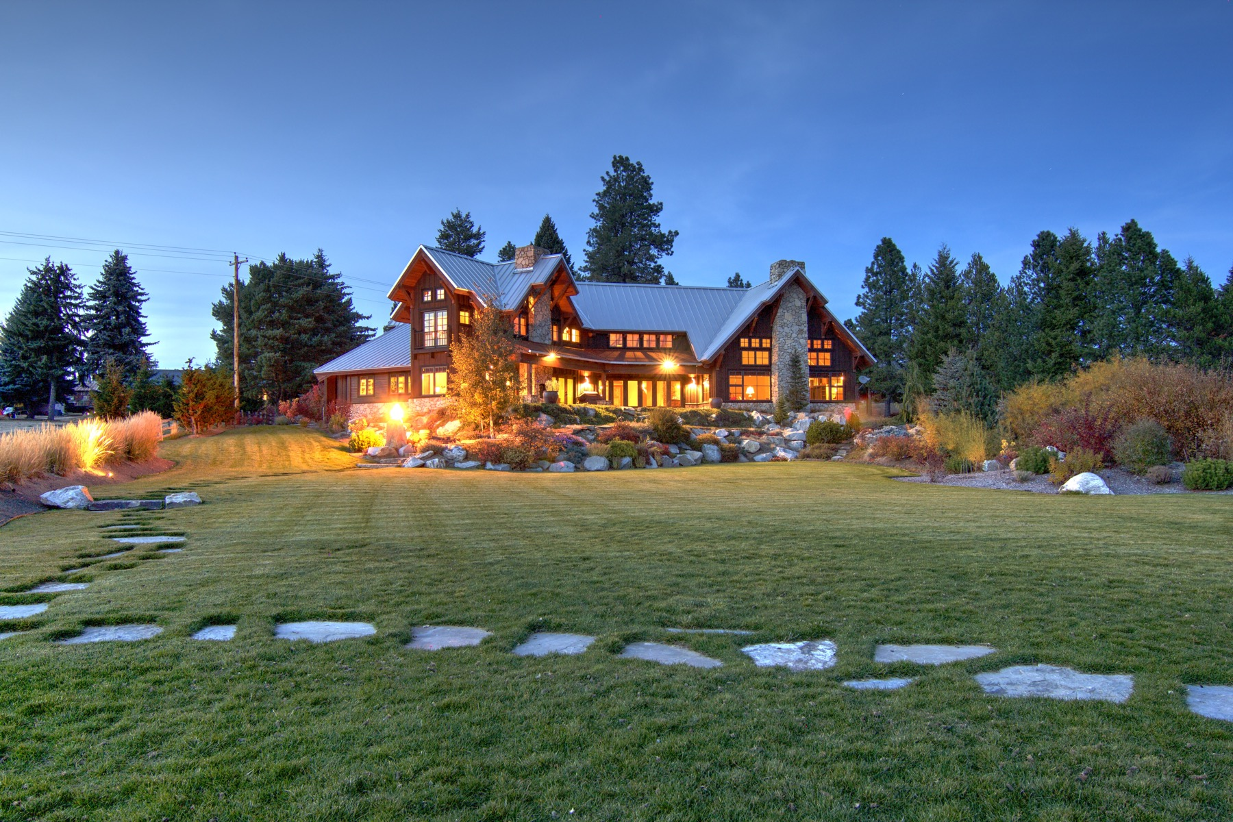 Single Family Homes للـ Sale في Majestic Waterfront Estate 190 Campbell Homestd, Laclede, Idaho 83841 United States