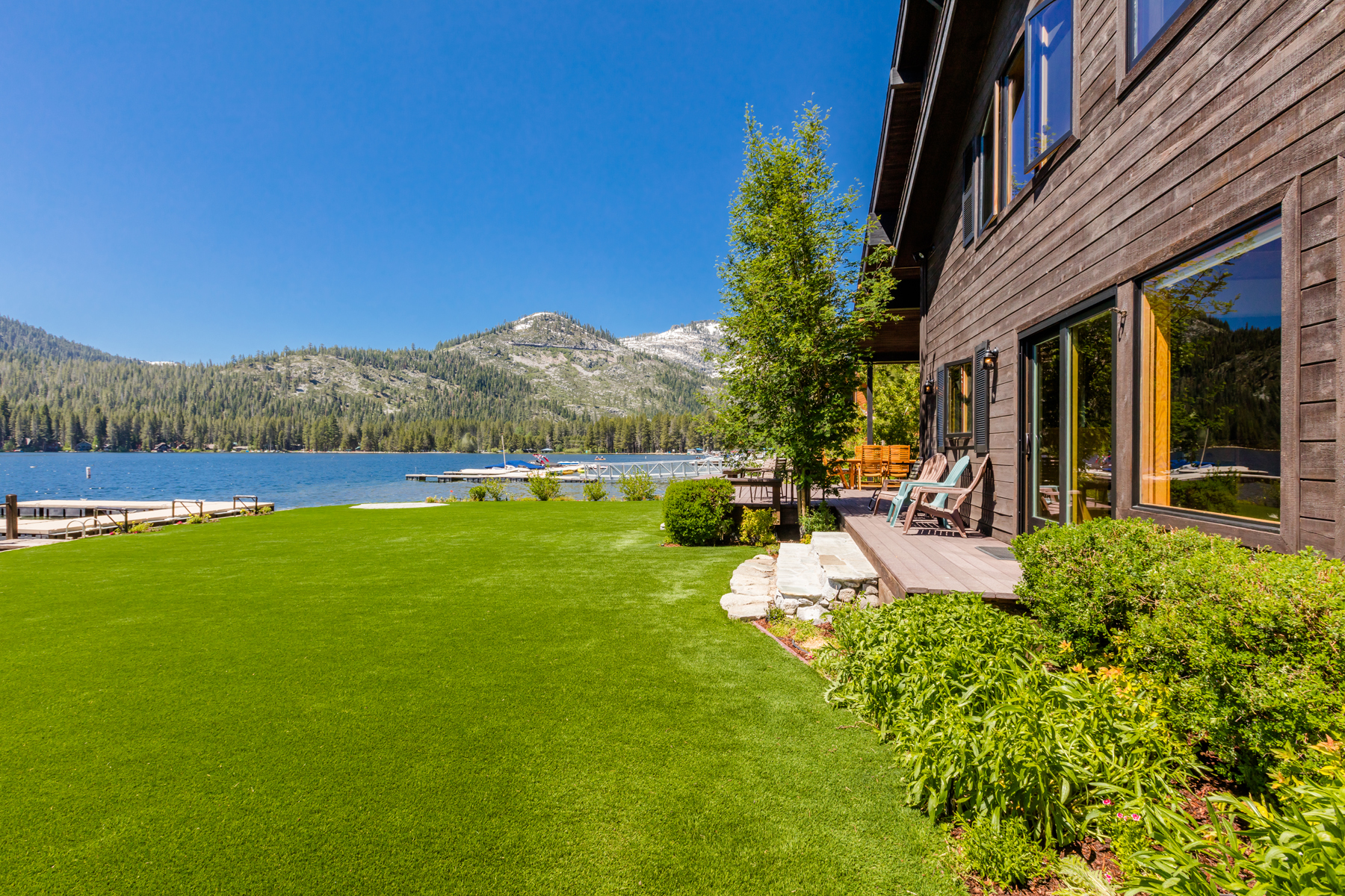 Additional photo for property listing at 15675 Donner Pass Rd, Truckee, CA 96162 15675 Donner Pass Rd Truckee, California 96162 United States