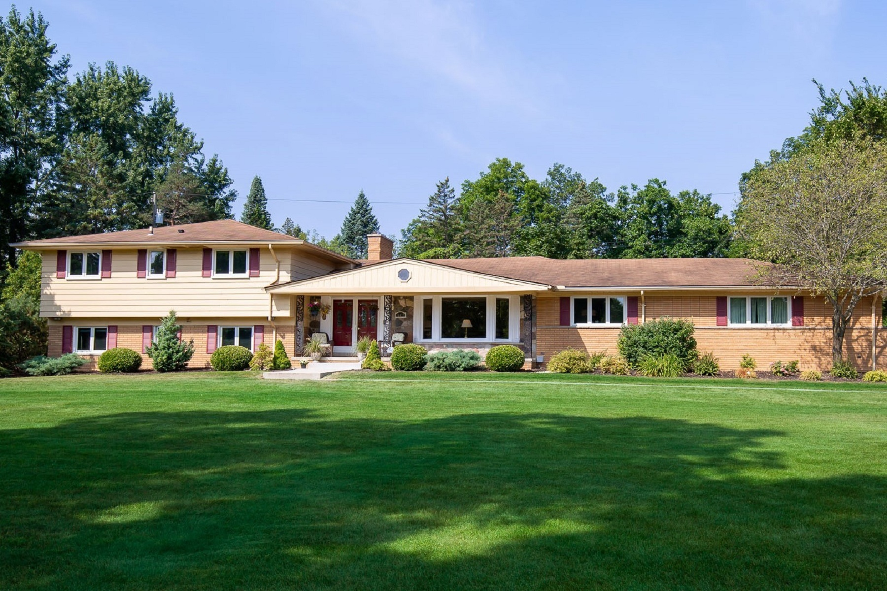 Single Family Homes for Active at Beverly Hills Village 32277 Westlady Drive Franklin, Michigan 48025 United States