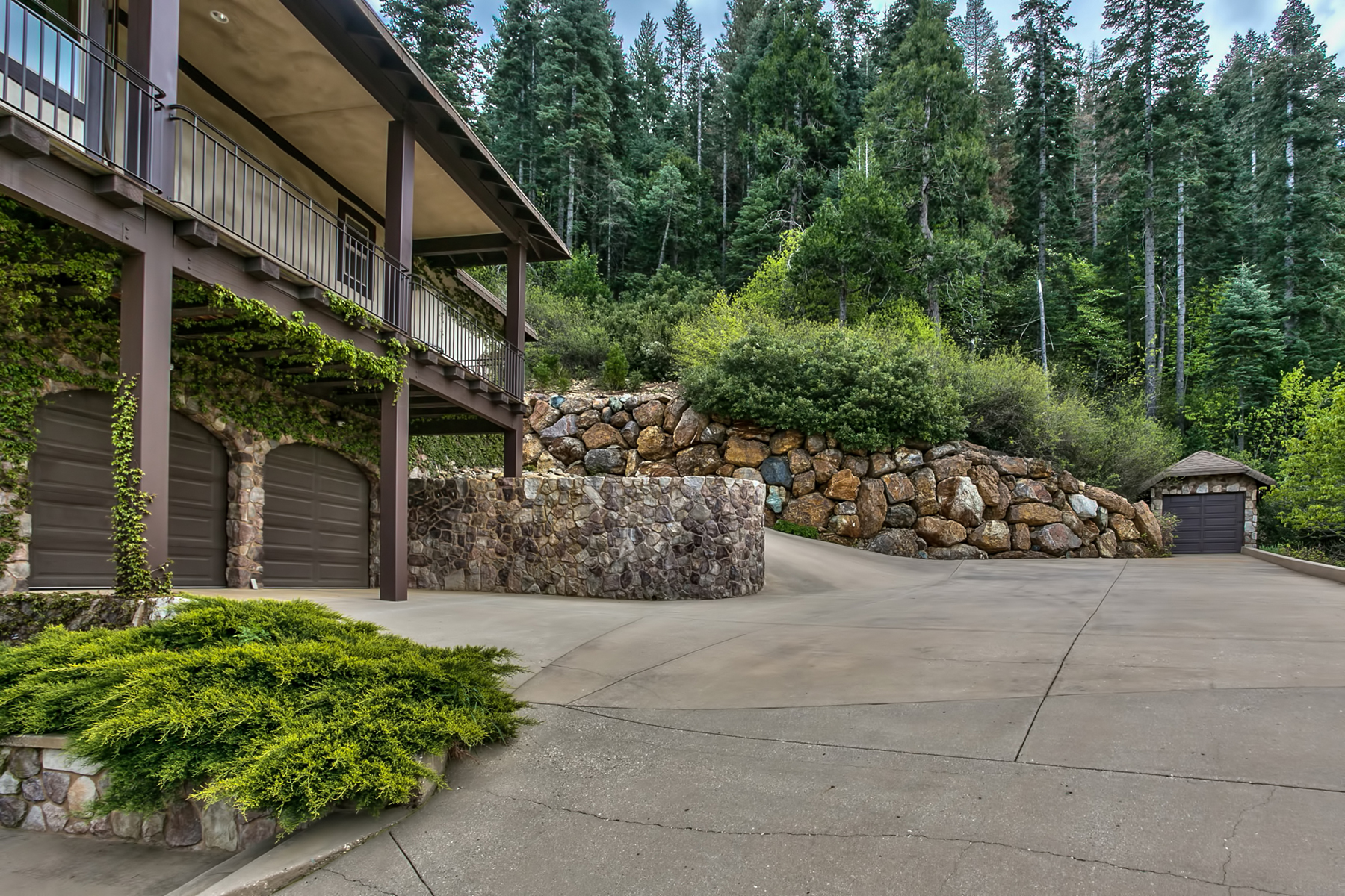 Additional photo for property listing at 28175 Myhrer Way, Nevada City, CA, 95959 28175 Myhrer Way Nevada City, California 95959 United States