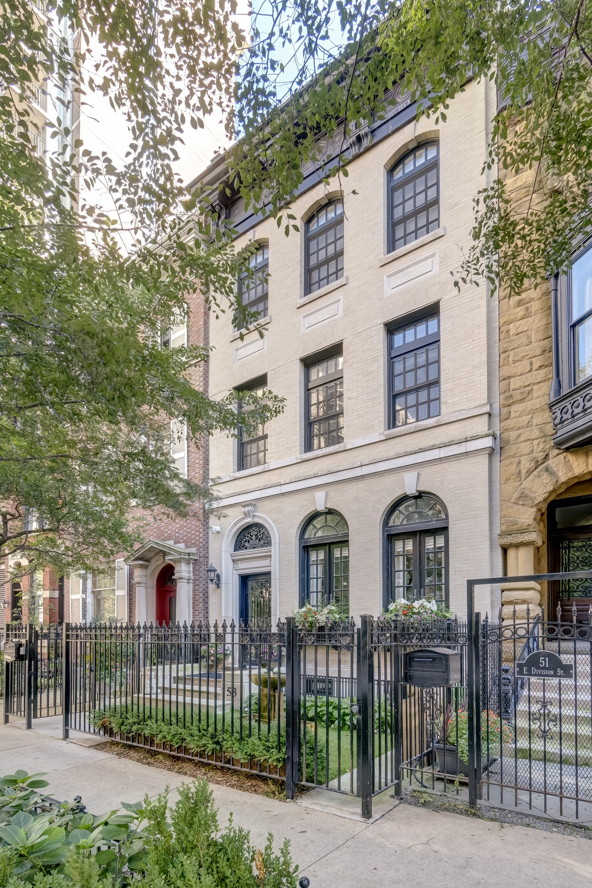 Single Family Home for Sale at Georgian Style Gold Coast Masterpiece 53 E Division Street Chicago, Illinois 60610 United States
