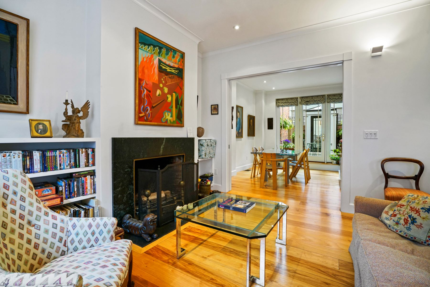 Single Family Home for Active at 33 Branch St Boston, Massachusetts 02108 United States