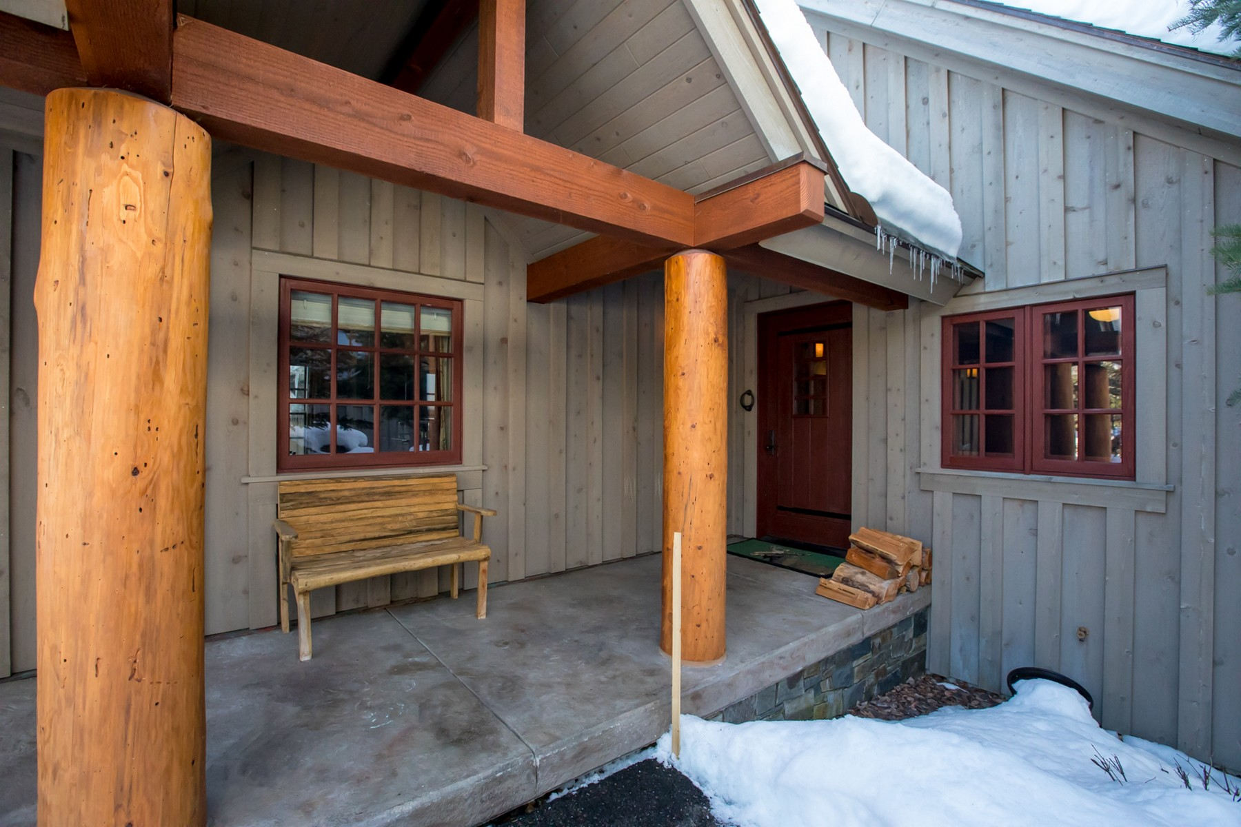 Additional photo for property listing at 2071 Silverberry Ln , Whitefish, MT 59937 2071  Silverberry Ln Whitefish, Montana 59937 United States