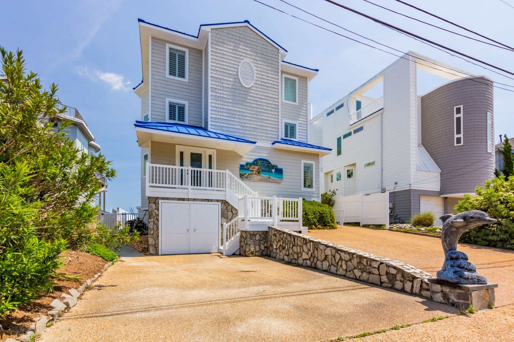 Single Family Homes 용 매매 에 Croatan 654 South Atlantic Avenue, Virginia Beach, 버지니아 23451 미국