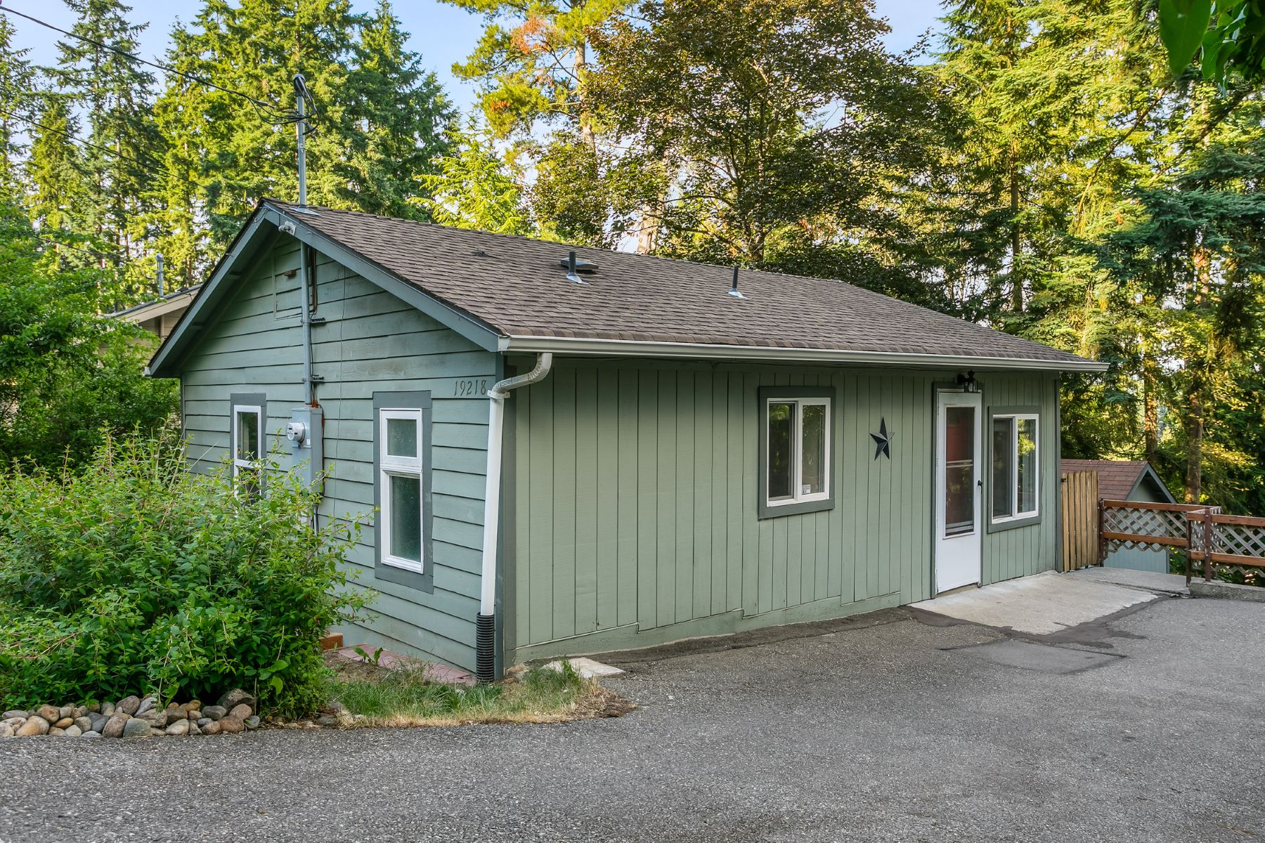 Single Family Homes for Sale at Lago Vista 19218 12th Ave NE Shoreline, Washington 98155 United States