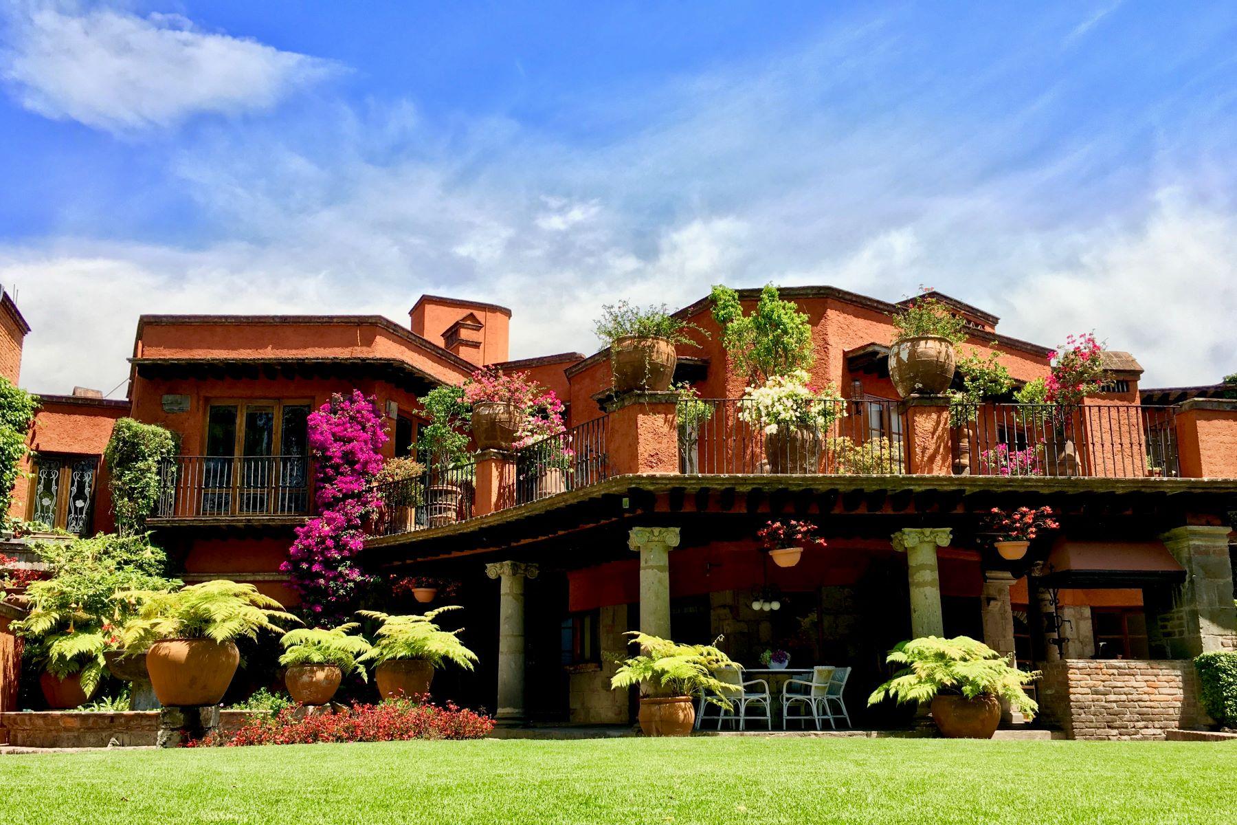 Single Family Home for Sale at Casa Cantera, Jardines del Pedregal Cantera 130 Jardines del Pedregal Mexico City, Ciudad de Mexico 01900 Mexico