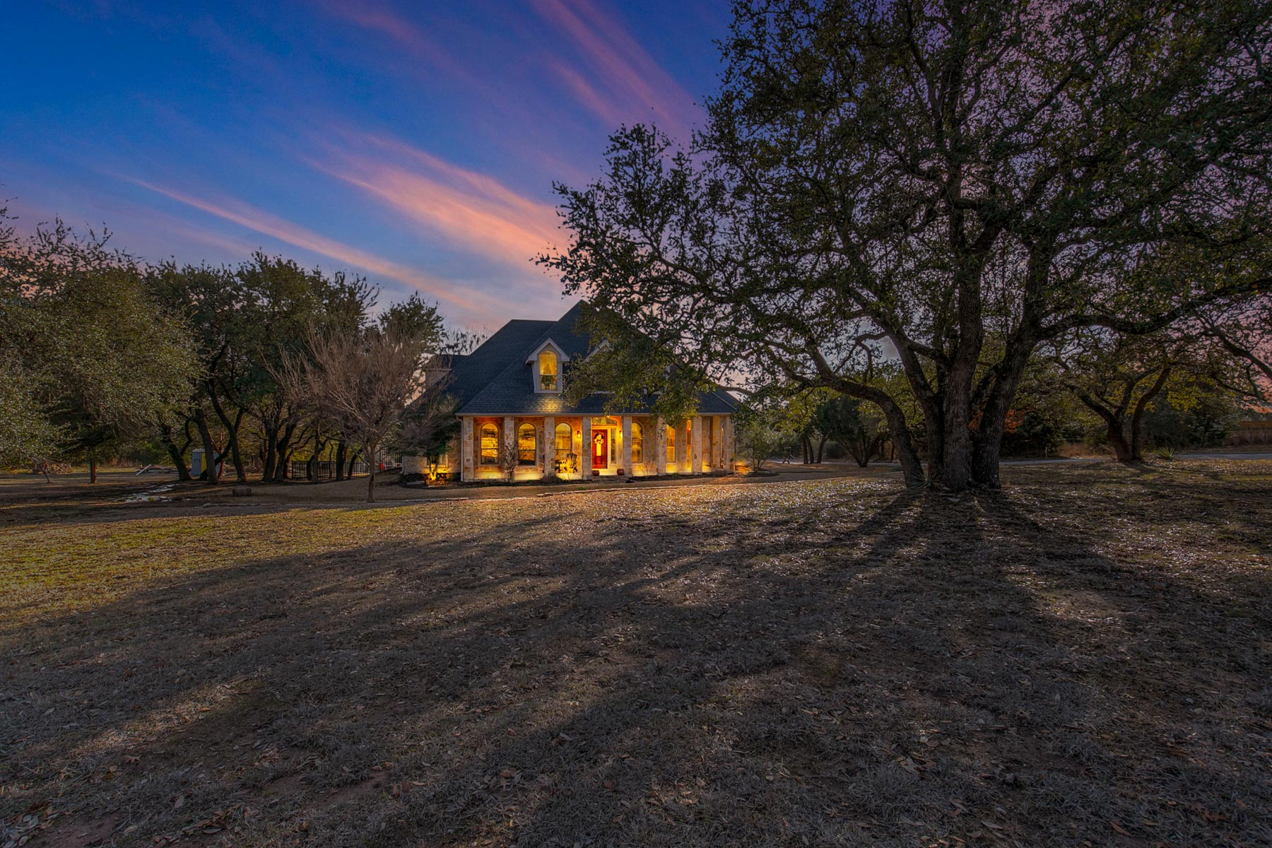 Single Family Home for Sale at Silverado on the Brazos 127 N. Ridgeoak Court, Weatherford, Texas, 76087 United States