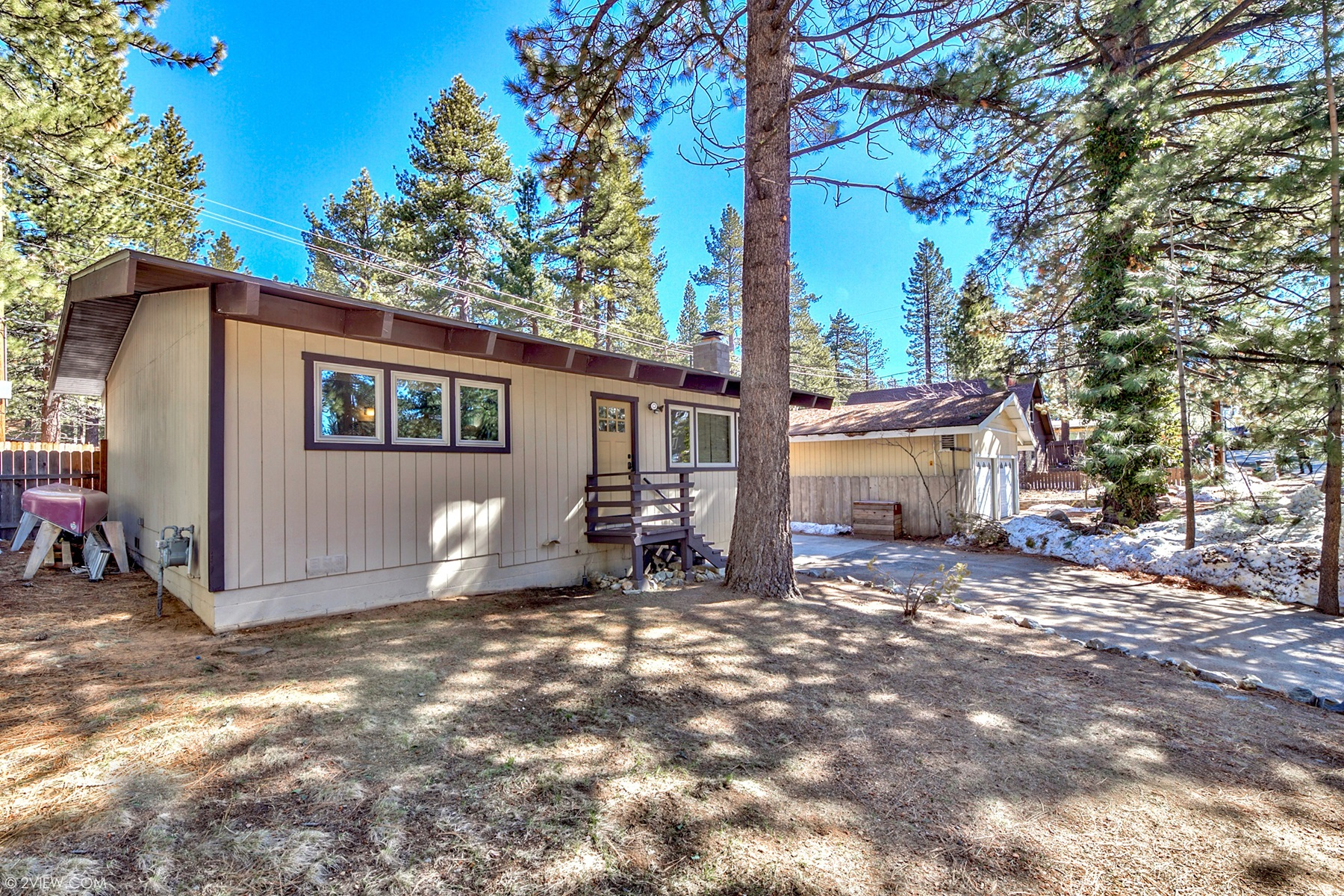 Property for Active at 906 Edgewood Circle, South Lake Tahoe, CA 96150 906 Edgewood Circle South Lake Tahoe, California 96150 United States