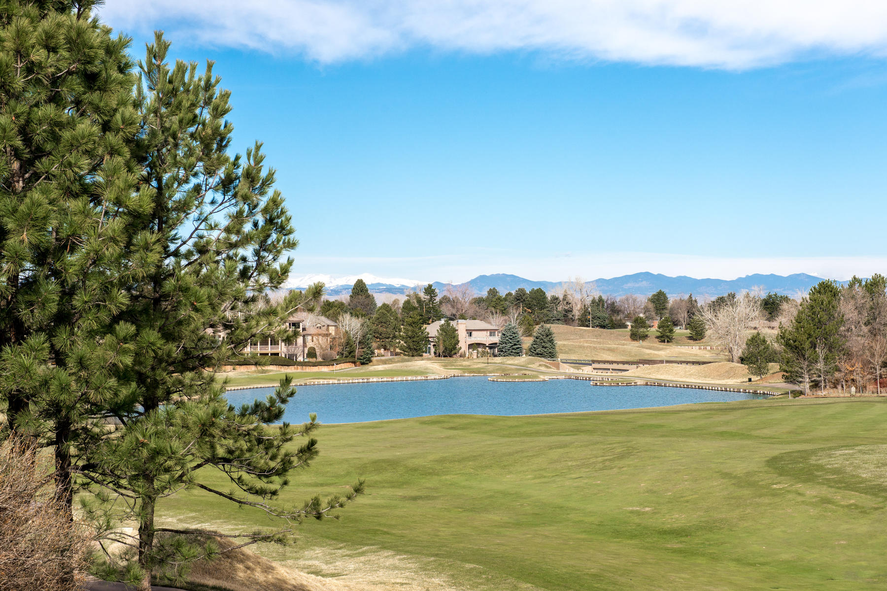 Additional photo for property listing at Spectacular Mountain Views in Cherry Hills Village! 85 Glenmoor Pl Cherry Hills Village, Colorado 80113 United States