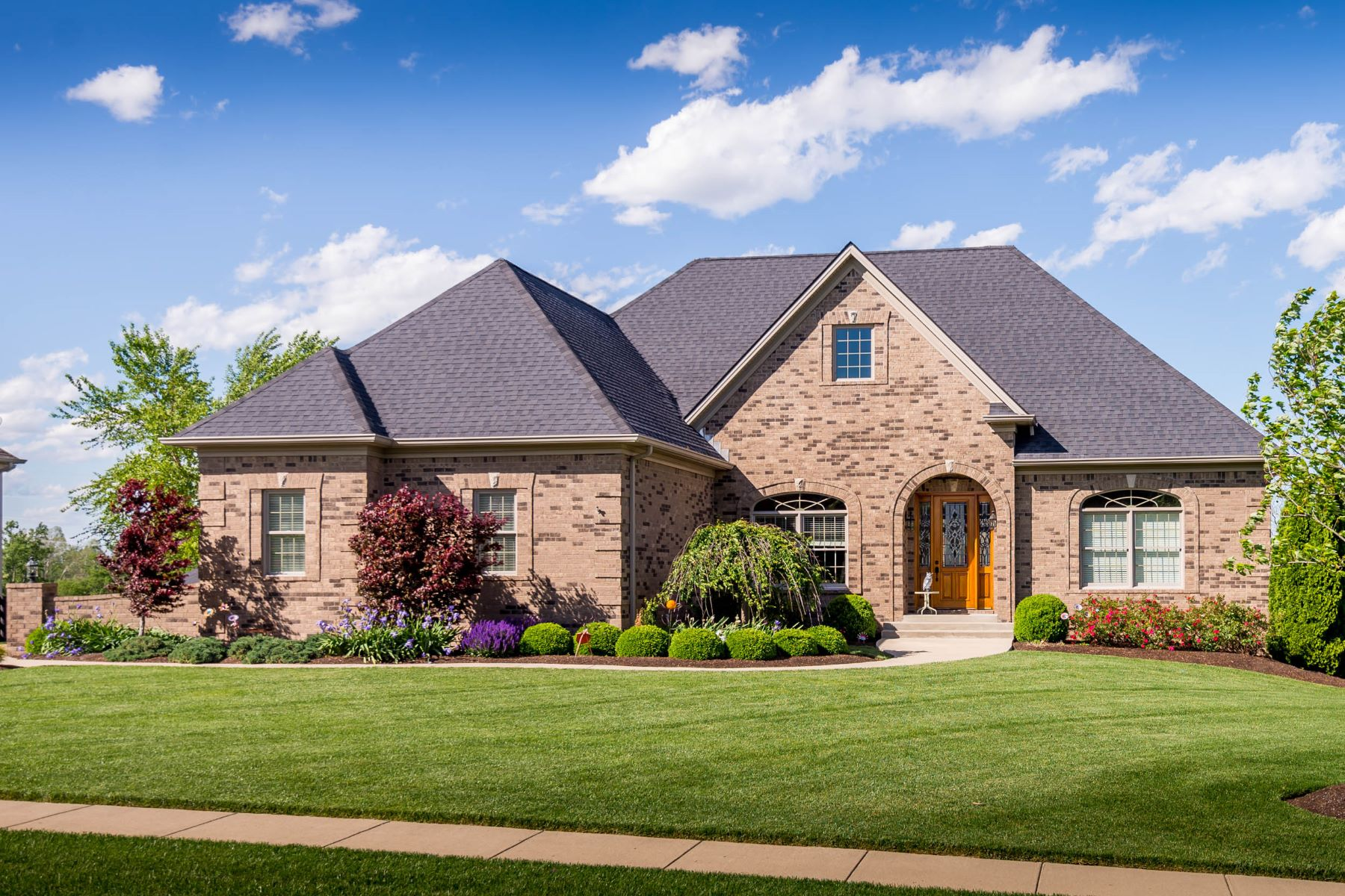 Casa Unifamiliar por un Venta en 106 Mill Rock Road Nicholasville, Kentucky 40356 Estados Unidos