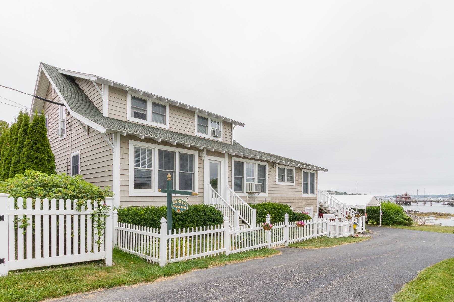Maison unifamiliale pour l Vente à 47 Union Street Boothbay Harbor, Maine, 04538 États-Unis