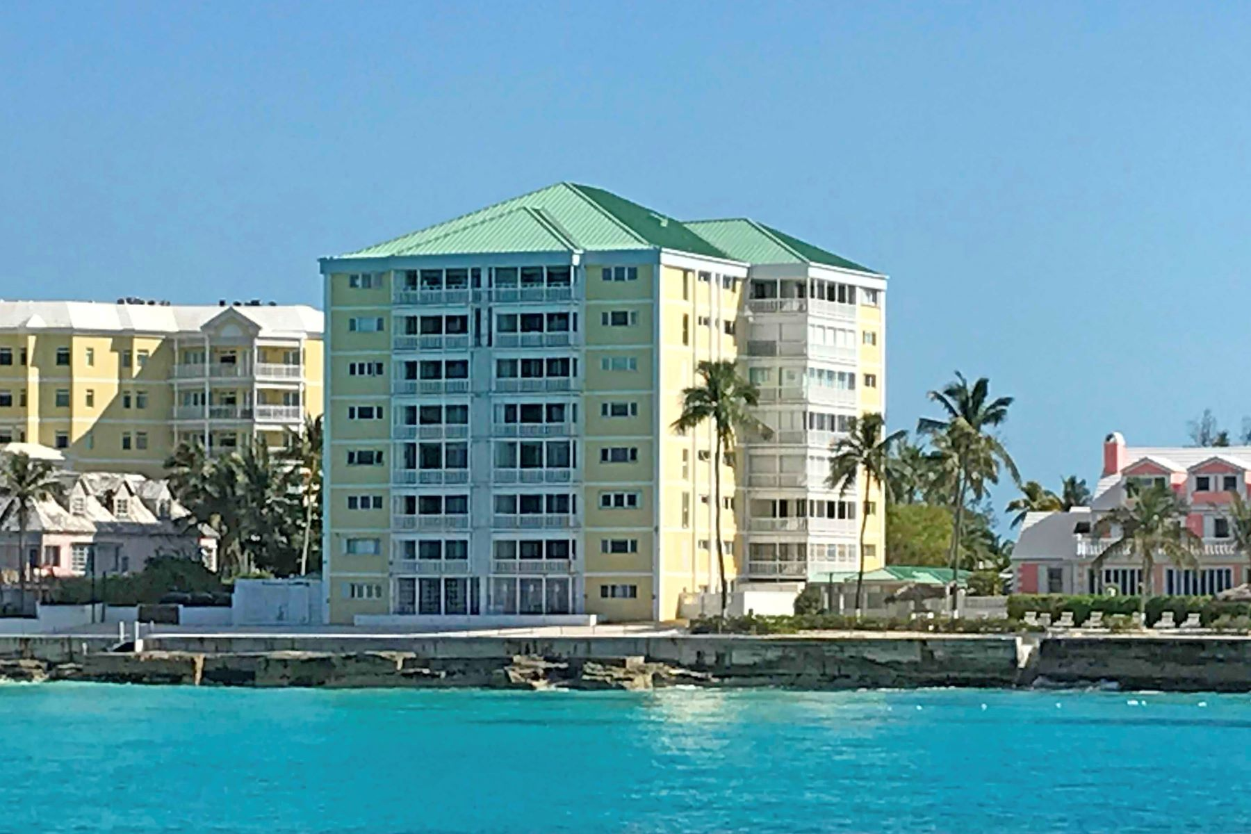 Nhà chung cư vì Bán tại Conchrest Penthouse Conchrest, Cable Beach, New Providence/Nassau Bahamas
