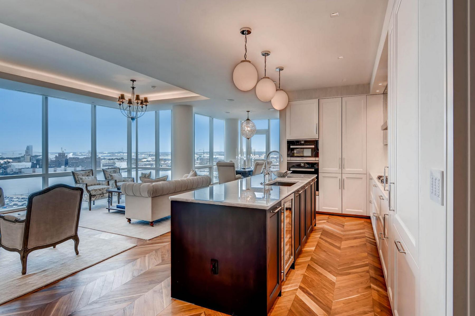 Condominiums for Active at Four Seasons Residences 300 International Drive #2208 Baltimore, Maryland 21202 United States