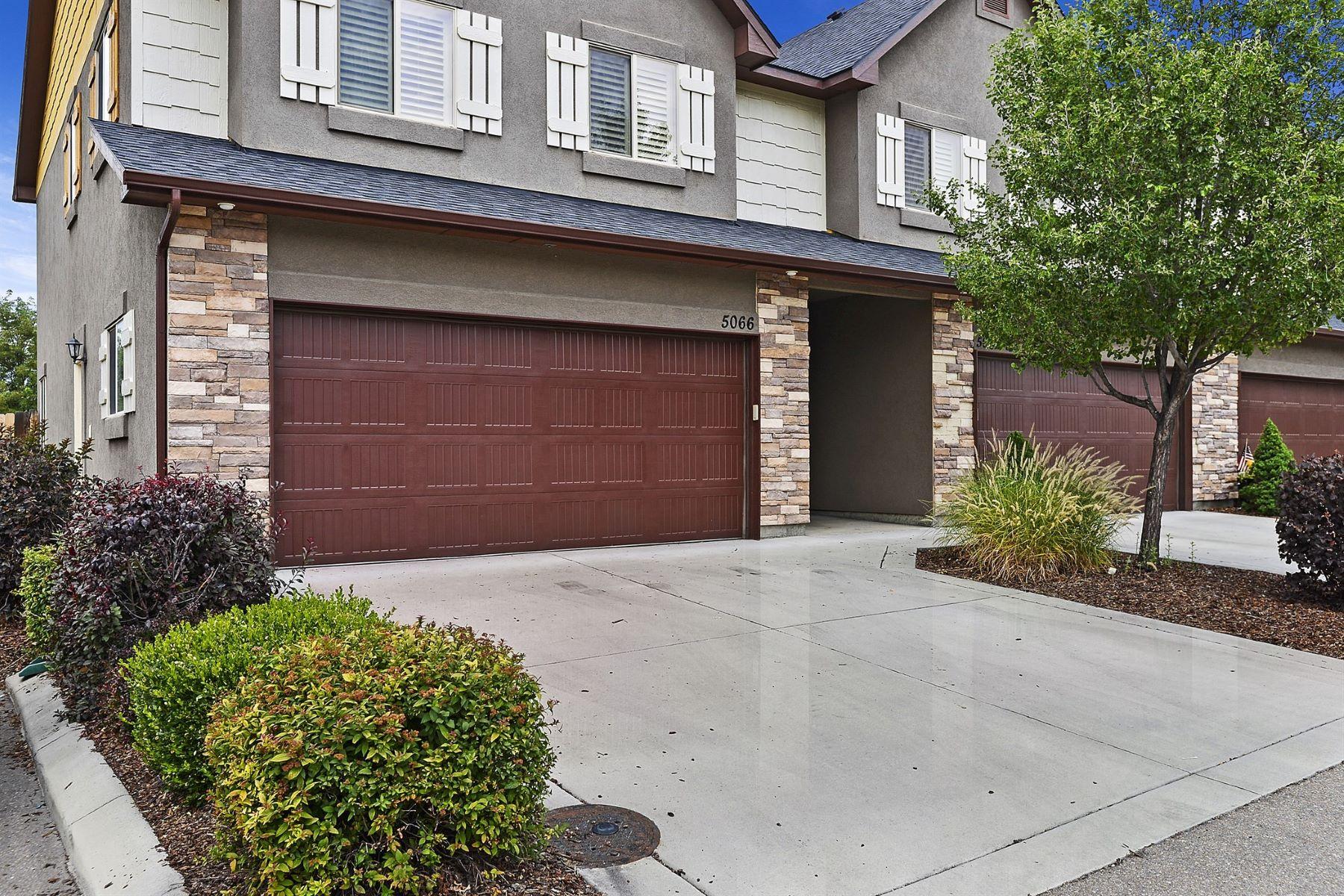 townhouses pour l Vente à 5066 Alworth Street, Garden City 5066 N Alworth St Garden City, Idaho 83714 États-Unis