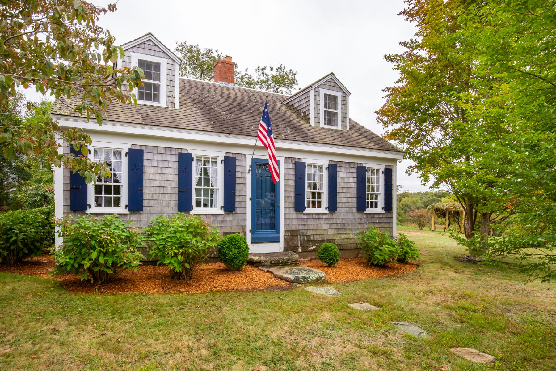 Single Family Homes for Active at Charming Cottage in West Tisbury 703 Old County Road West Tisbury, Massachusetts 02575 United States
