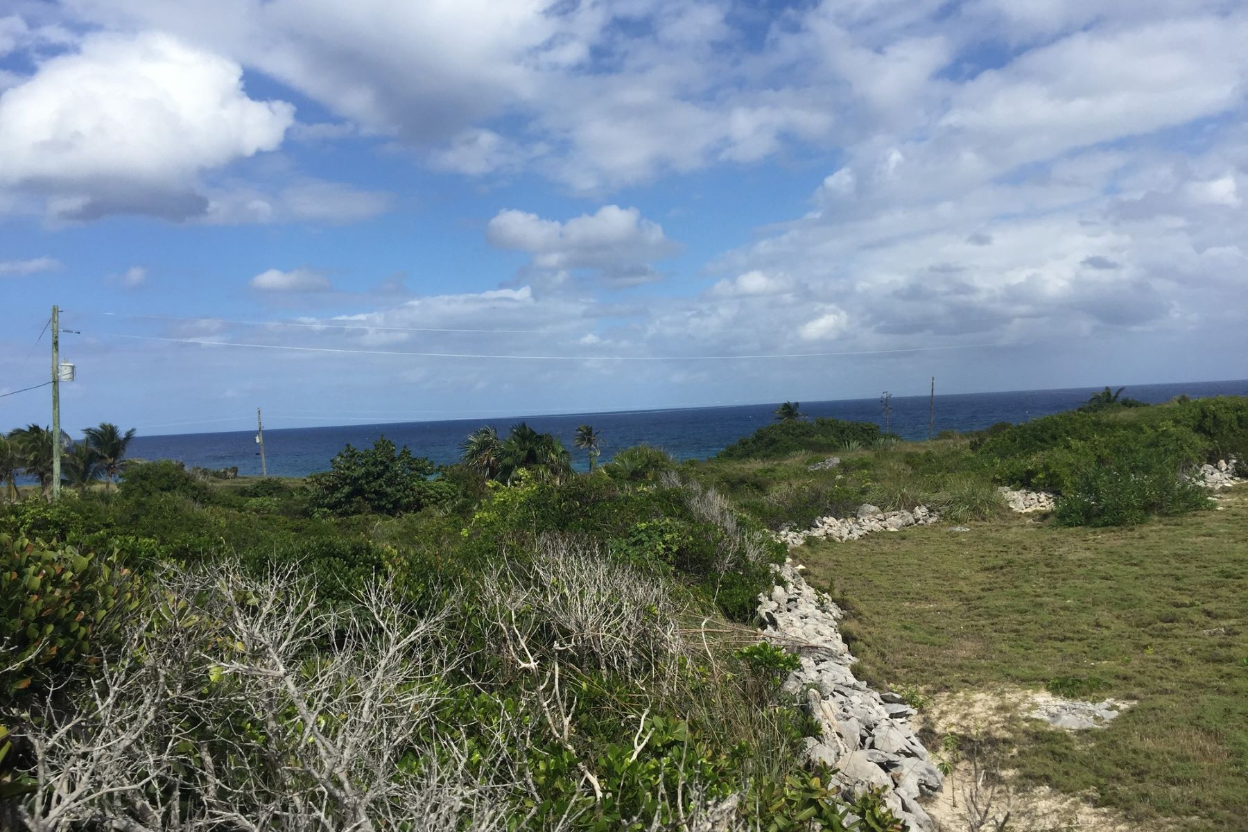 Land for Sale at Lot 17, Block 18, Section B Rainbow Bay, Eleuthera Bahamas