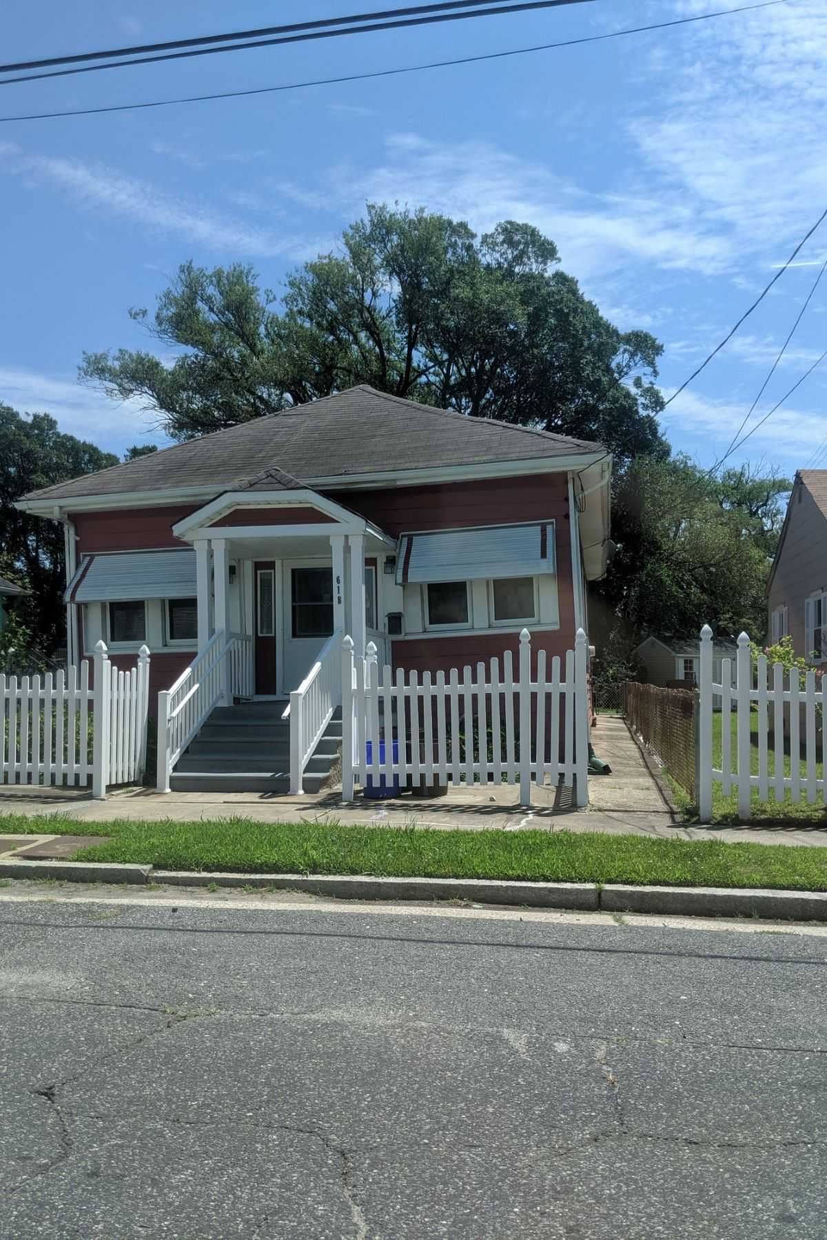 Single Family Homes for Active at 618 Sewell Ave Atlantic City, New Jersey 08401 United States