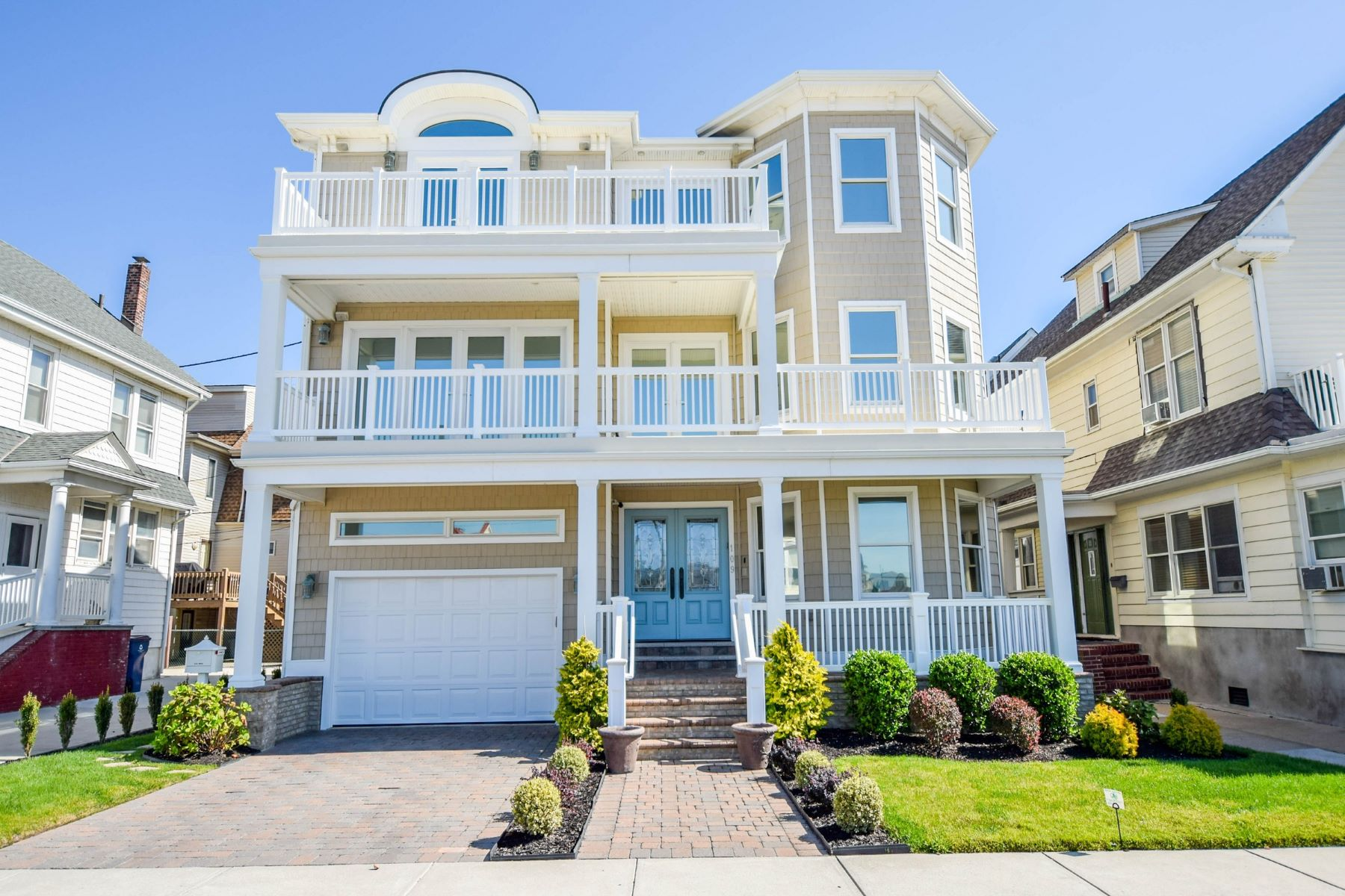 Single Family Homes for Sale at 109 S. Newport 109 S Newport Ave Ventnor, New Jersey 08402 United States