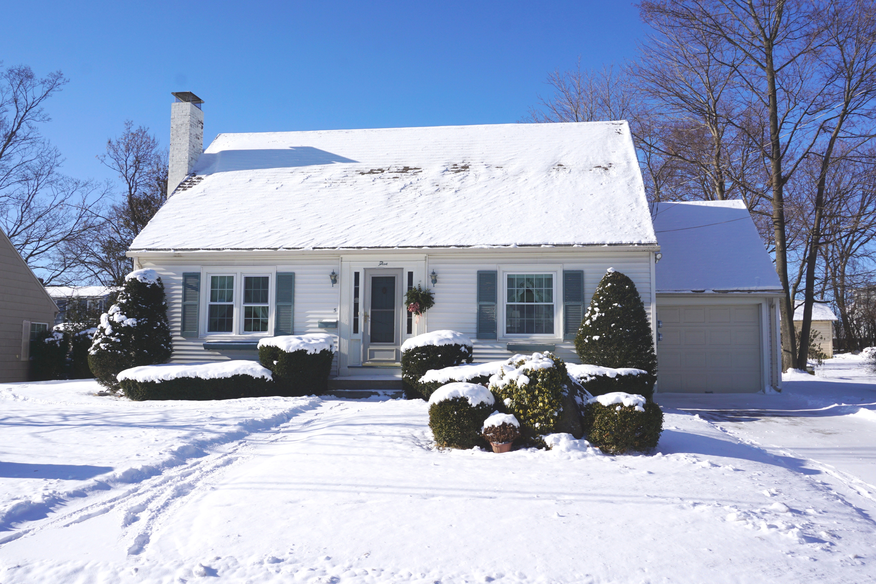 Single Family Homes for Sale at 5 Dartmouth Street, Rutland City 5 Dartmouth St Rutland, Vermont 05701 United States