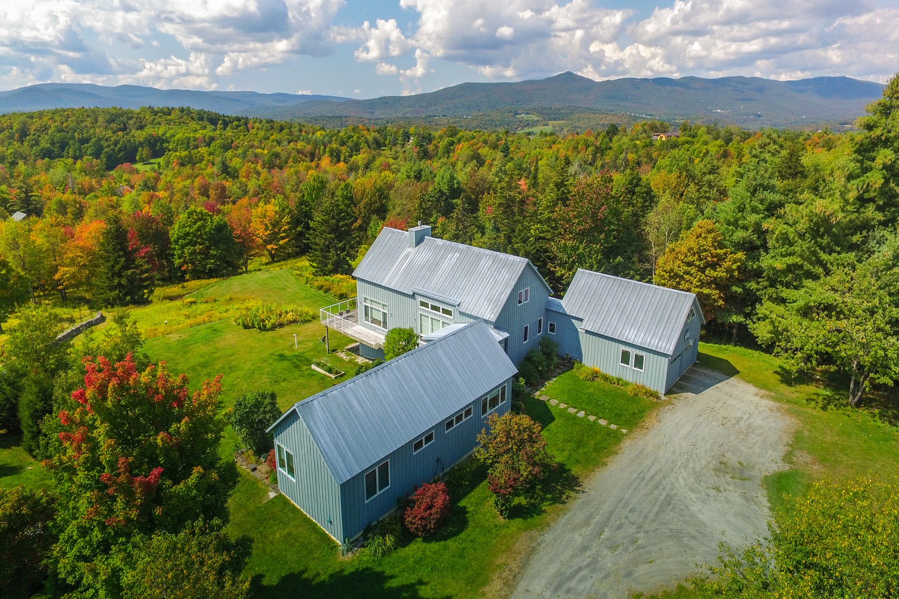 Single Family Homes for Sale at 81 Top of Hill, Wilmington 81 Top of Hill Wilmington, Vermont 05363 United States