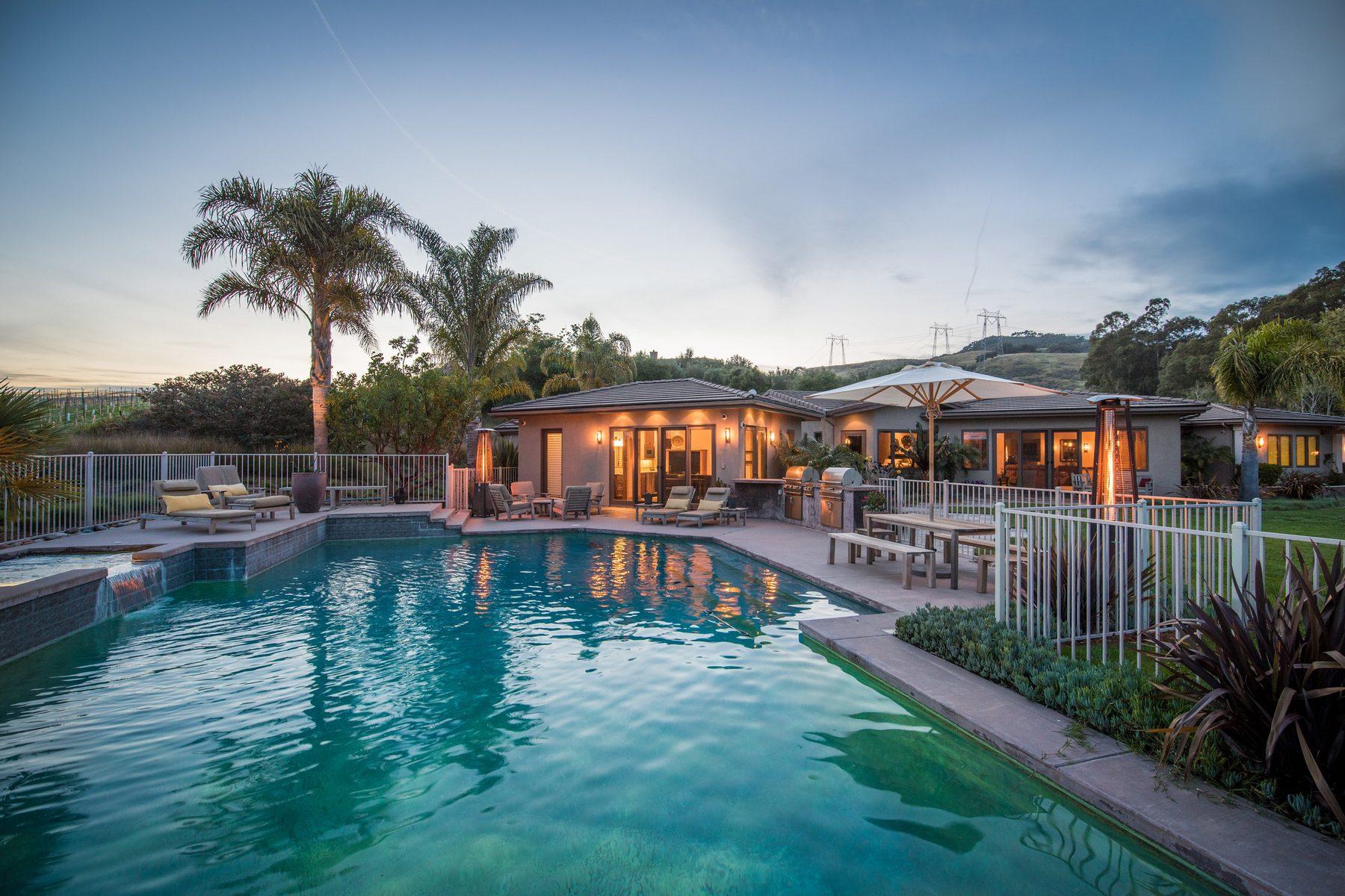 واحد منزل الأسرة للـ Sale في Bassi Ranch Estate 425 Bassi Drive San Luis Obispo, California, 93405 United States