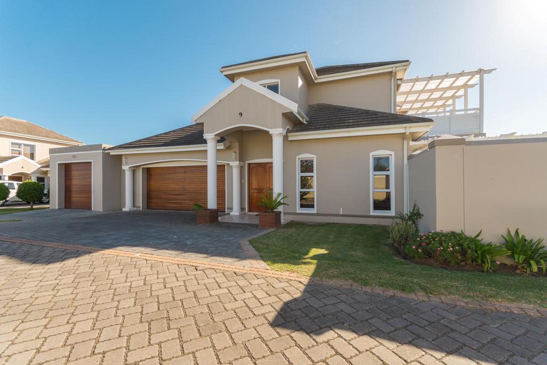 独户住宅 为 销售 在 Kingswood Golf Estate 乔治, 西开普省, 6530 南非