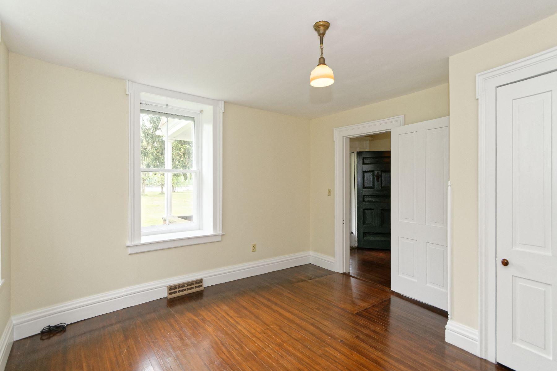 Additional photo for property listing at Upper Landing Riverfront 129 Riverside Av Coxsackie, New York 12051 United States