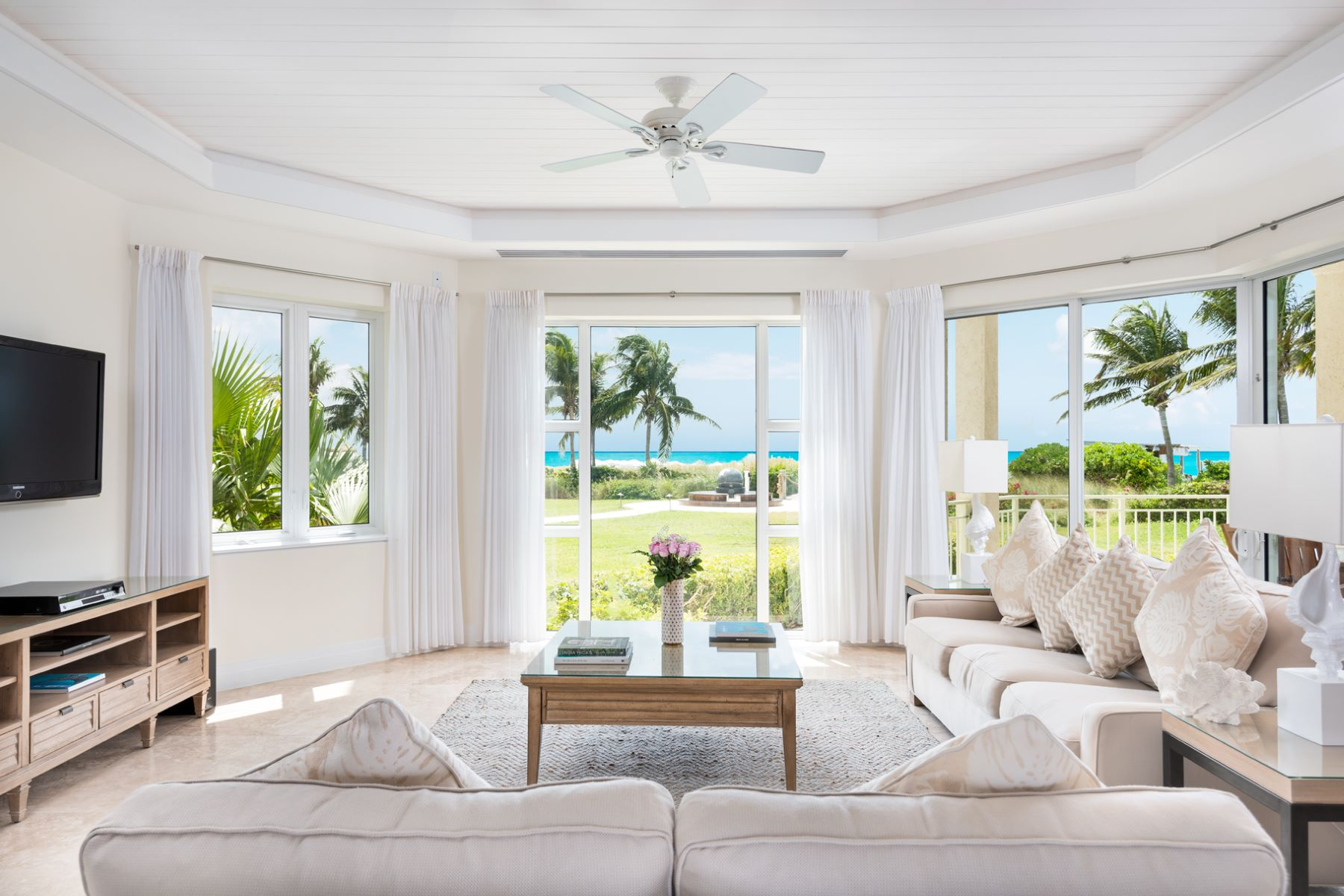 Additional photo for property listing at West Bay Club ~ Suite 107 West Bay Club - Suite 107 Grace Bay, Providenciales TC Islas Turcas Y Caicos