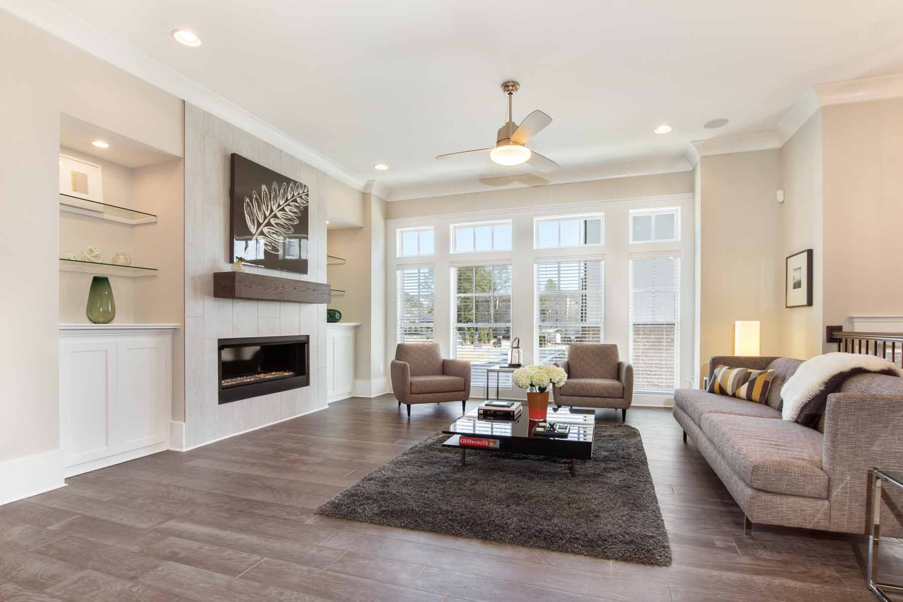 Additional photo for property listing at New Construction Townhome in the Heart of Dunwoody 4330 Georgetown Square Unit 15 Dunwoody, Джорджия 30338 Соединенные Штаты