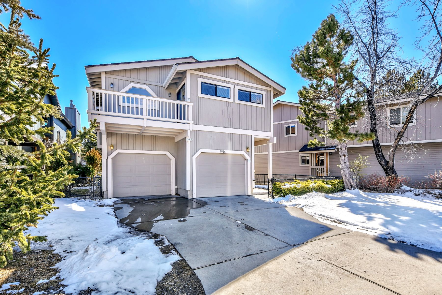 Additional photo for property listing at 2066 Traverse Court South Lake Tahoe, California 96150 United States