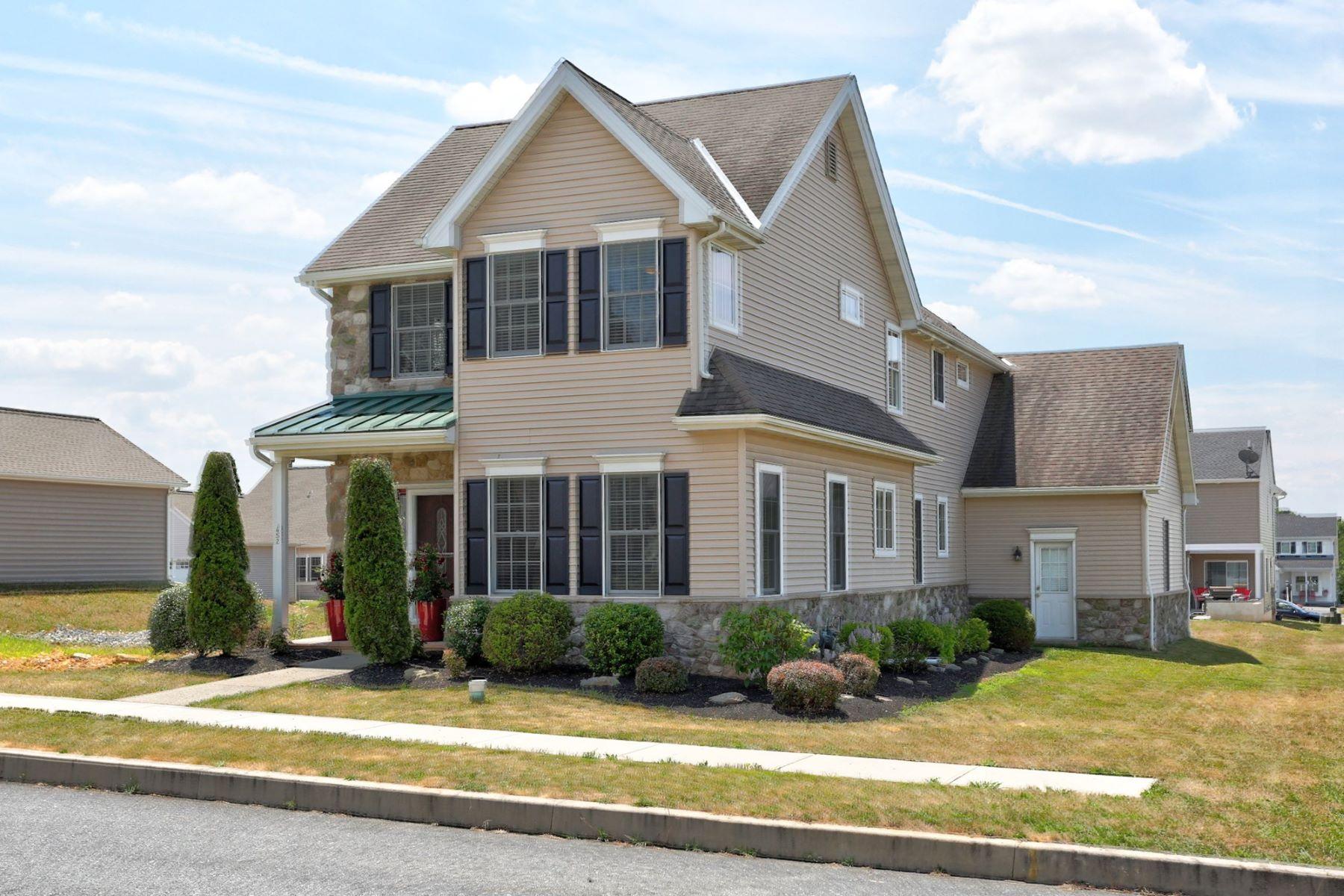 独户住宅 为 销售 在 652 Richmond Drive 652 Richmond Drive 兰开斯特, 宾夕法尼亚州 17601 美国