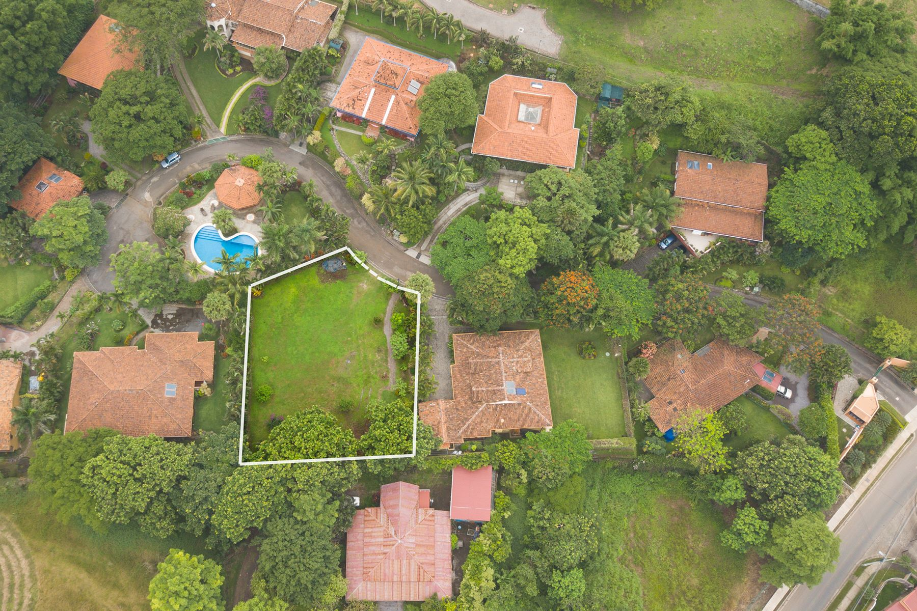 Additional photo for property listing at Green and Easy to Build Santa Ana, San Jose Costa Rica