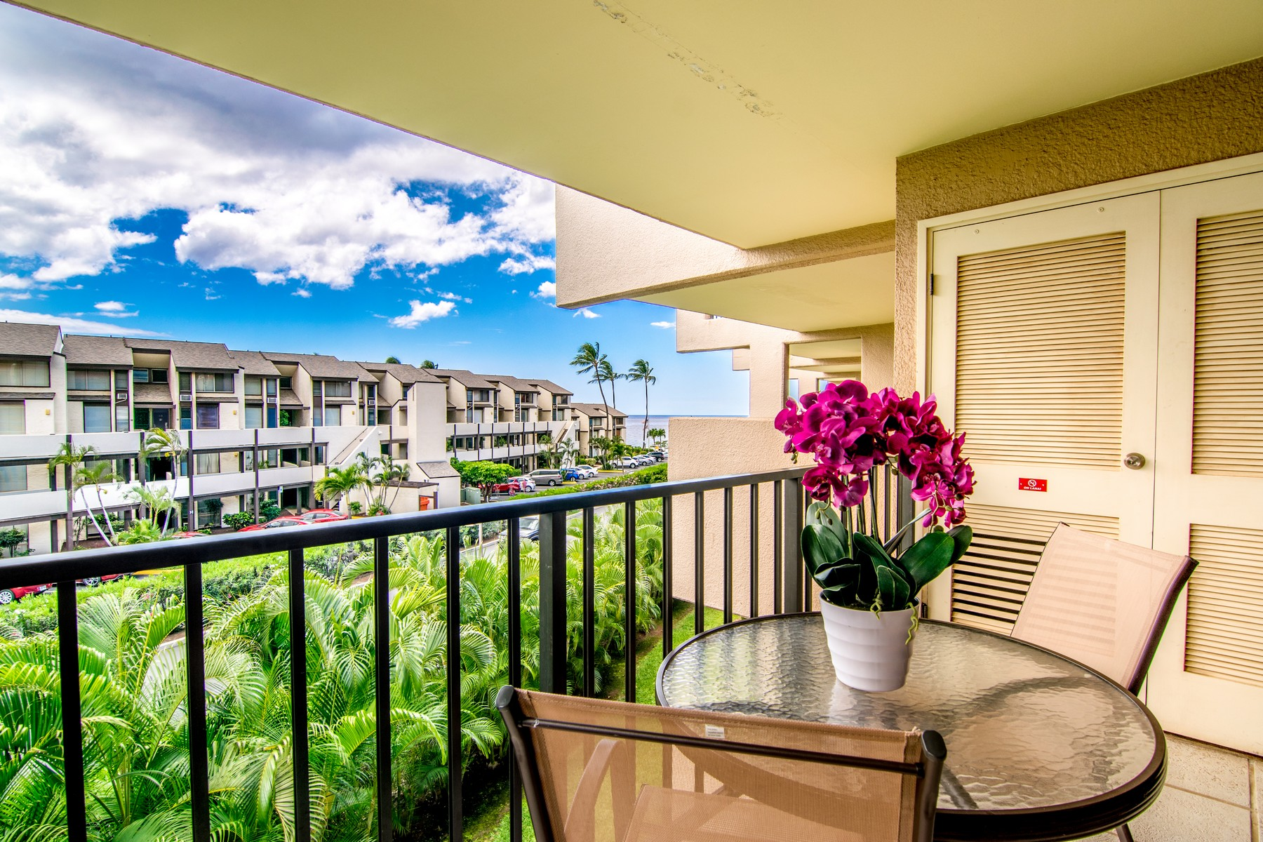 콘도미니엄 용 매매 에 Successful Short Term Rental in South Maui 2695 South Kihei Road, Kamaole Sands 9-306 Kihei, 하와이, 96753 미국