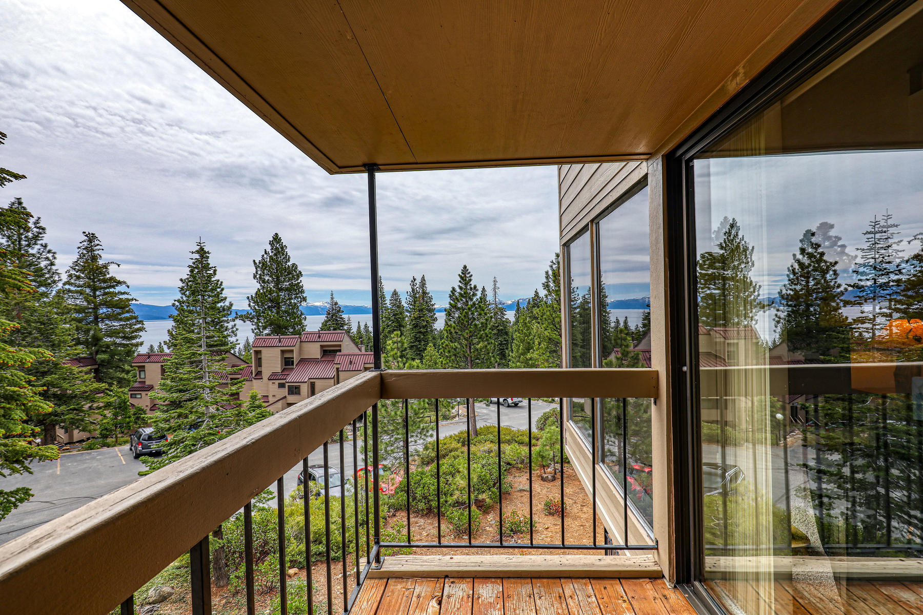 Additional photo for property listing at Condo with a Great Lakeview 5101 N Lake Blvd #147 Carnelian Bay, California 96140 United States