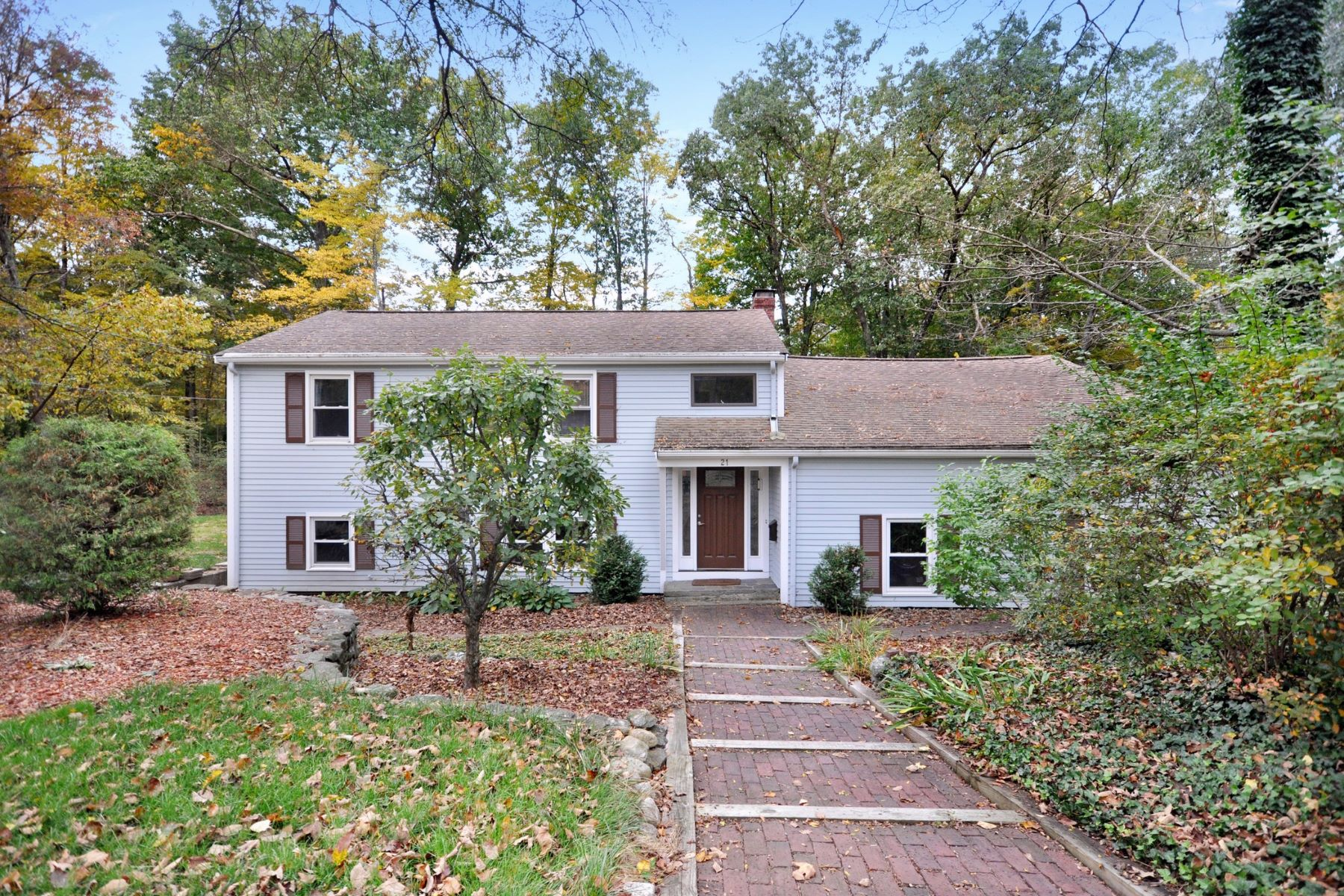 Single Family Homes 为 销售 在 21 Birch Ridge Road 阿克顿, 马萨诸塞州 01720 美国