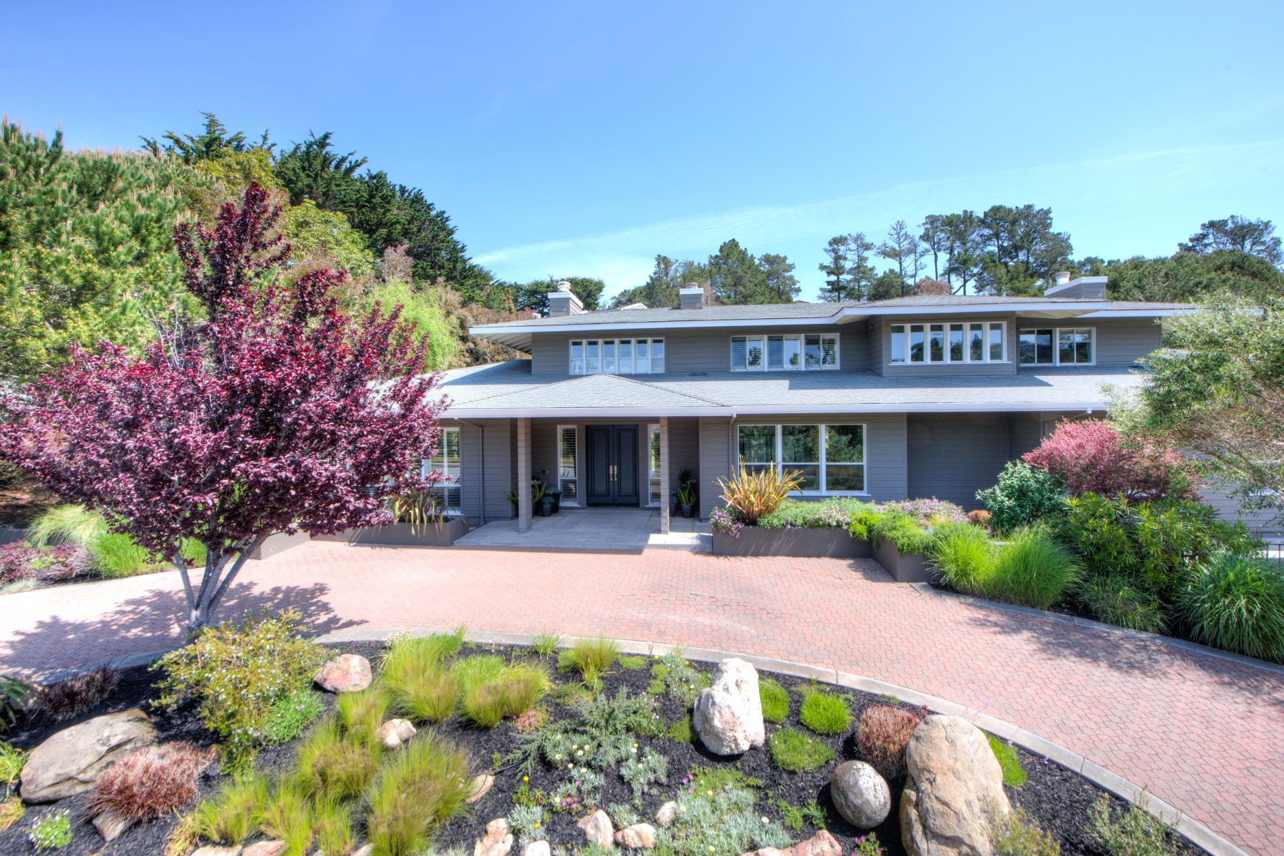 Single Family Home for Sale at Gorgeous Family Compound on Nearly 1 Acre! 4 Turtle Rock Ct Tiburon, California 94920 United States